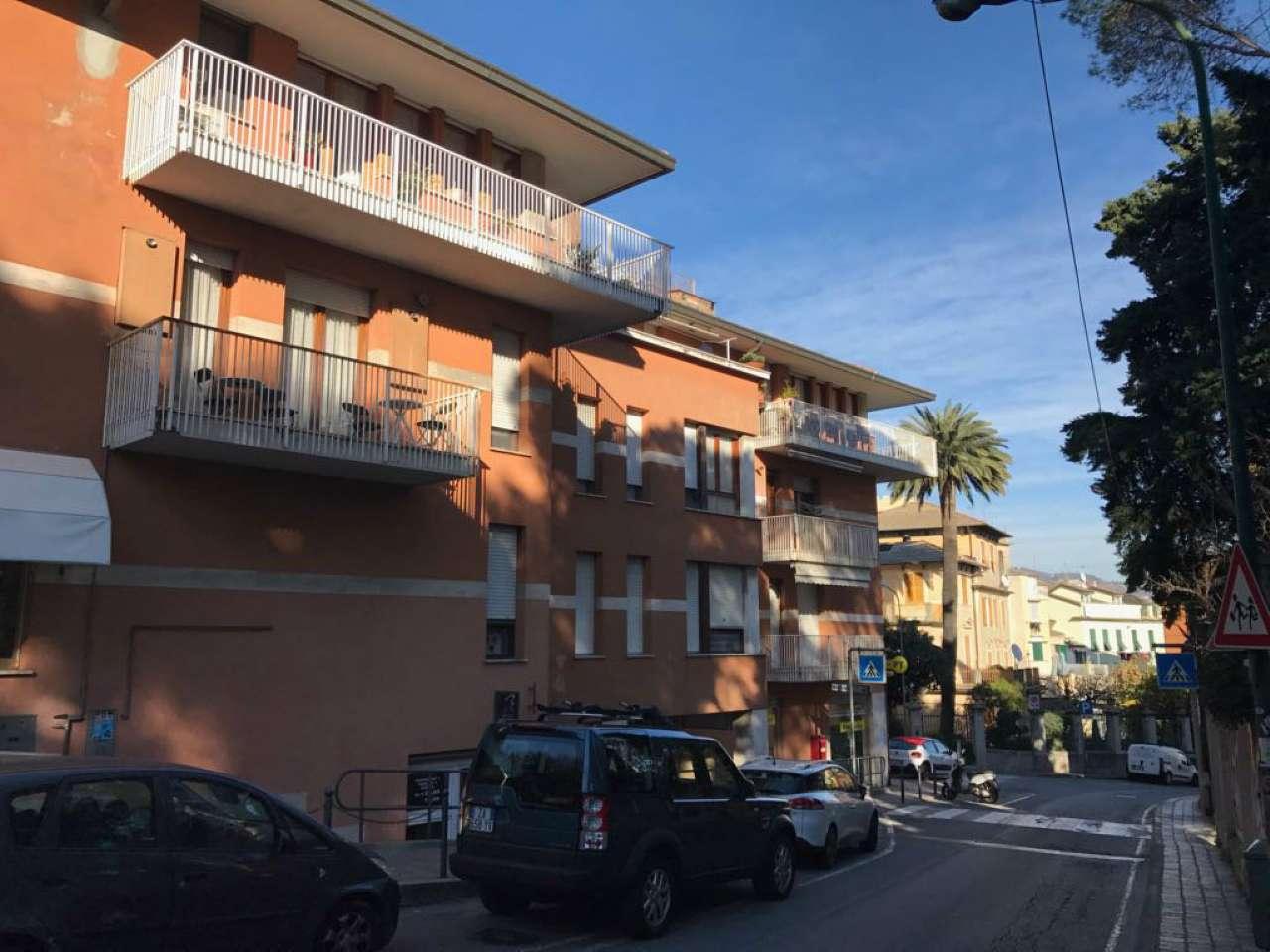 Appartamento in affitto a Arenzano, 3 locali, prezzo € 750 | CambioCasa.it