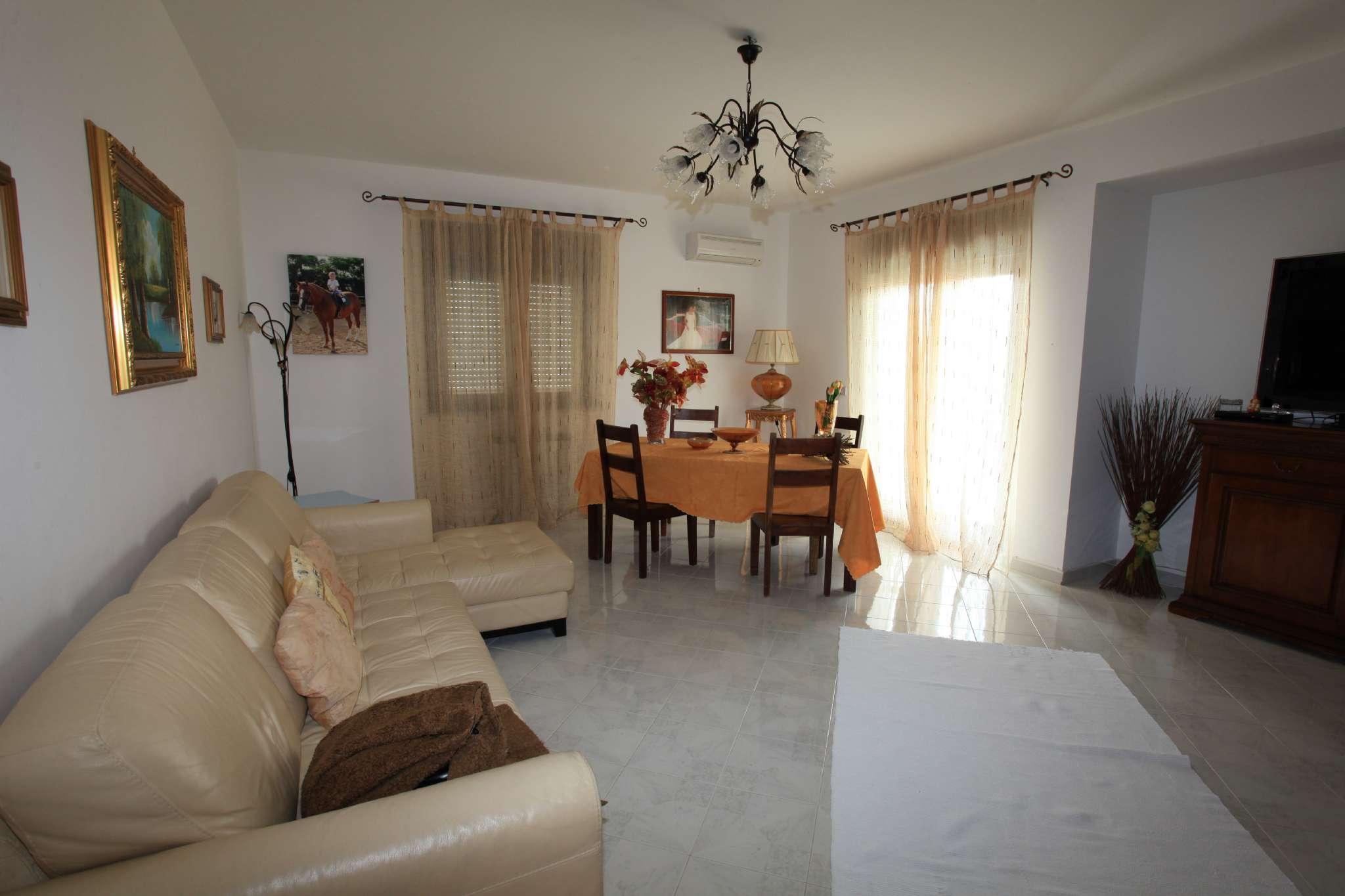 Appartamento in buone condizioni in vendita Rif. 4978961