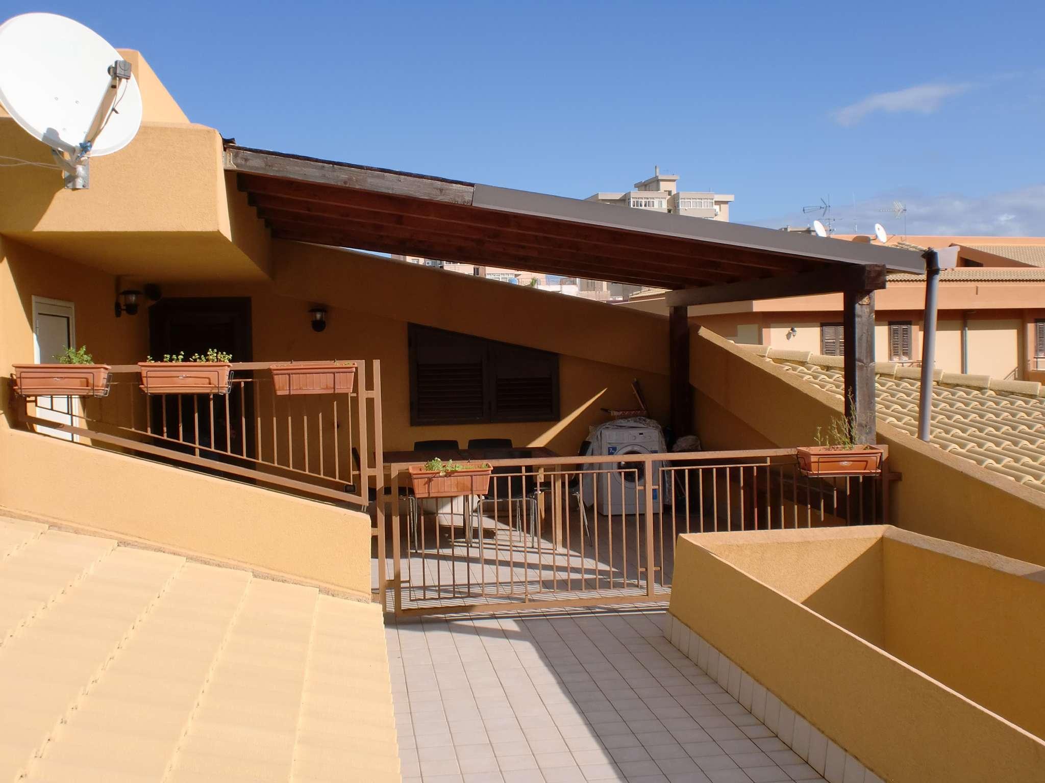 Attico / Mansarda arredato in affitto Rif. 8760566