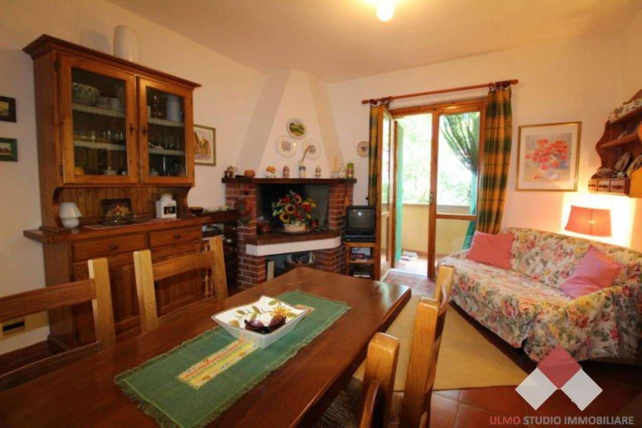 Delizioso appartamentino con giardino, Sarteano