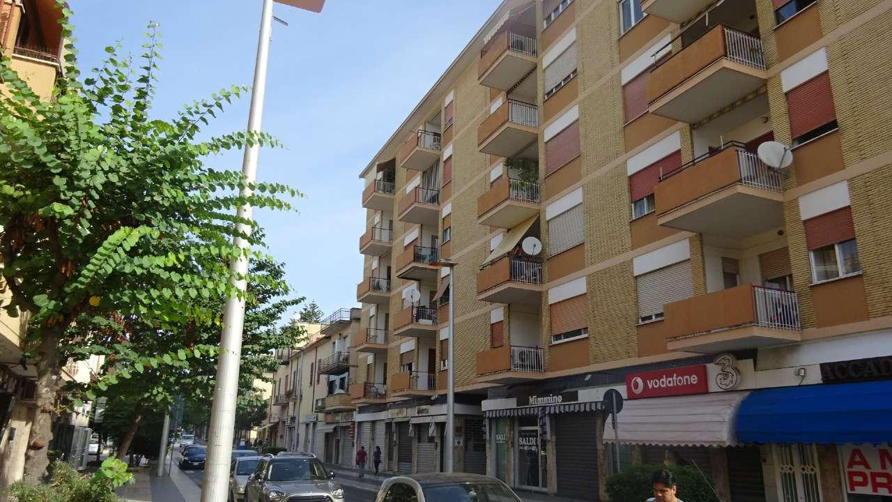 Appartamento in buone condizioni in vendita Rif. 7848455