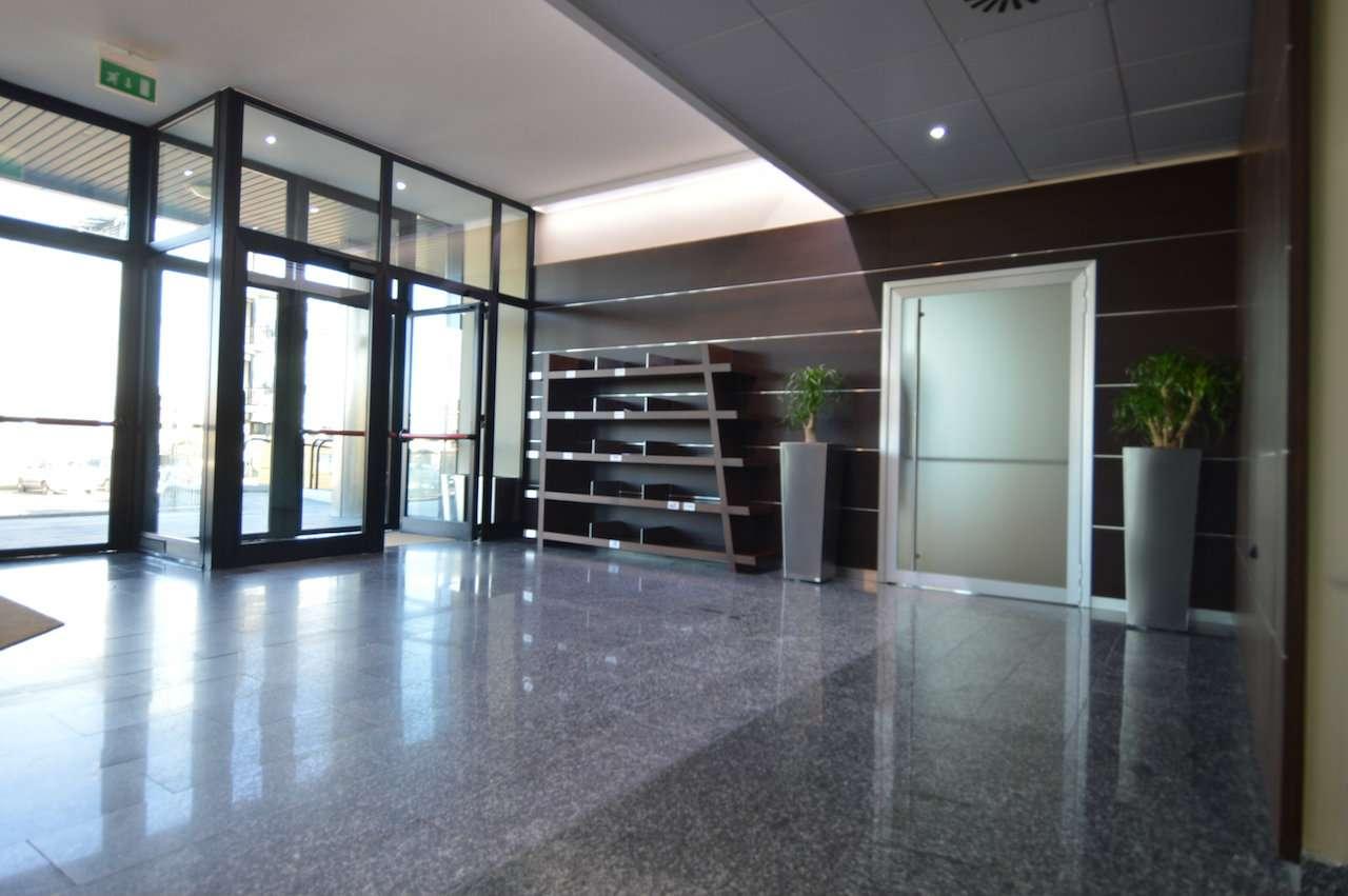 Ufficio / Studio in affitto a Cernusco sul Naviglio, 6 locali, prezzo € 5.300 | PortaleAgenzieImmobiliari.it