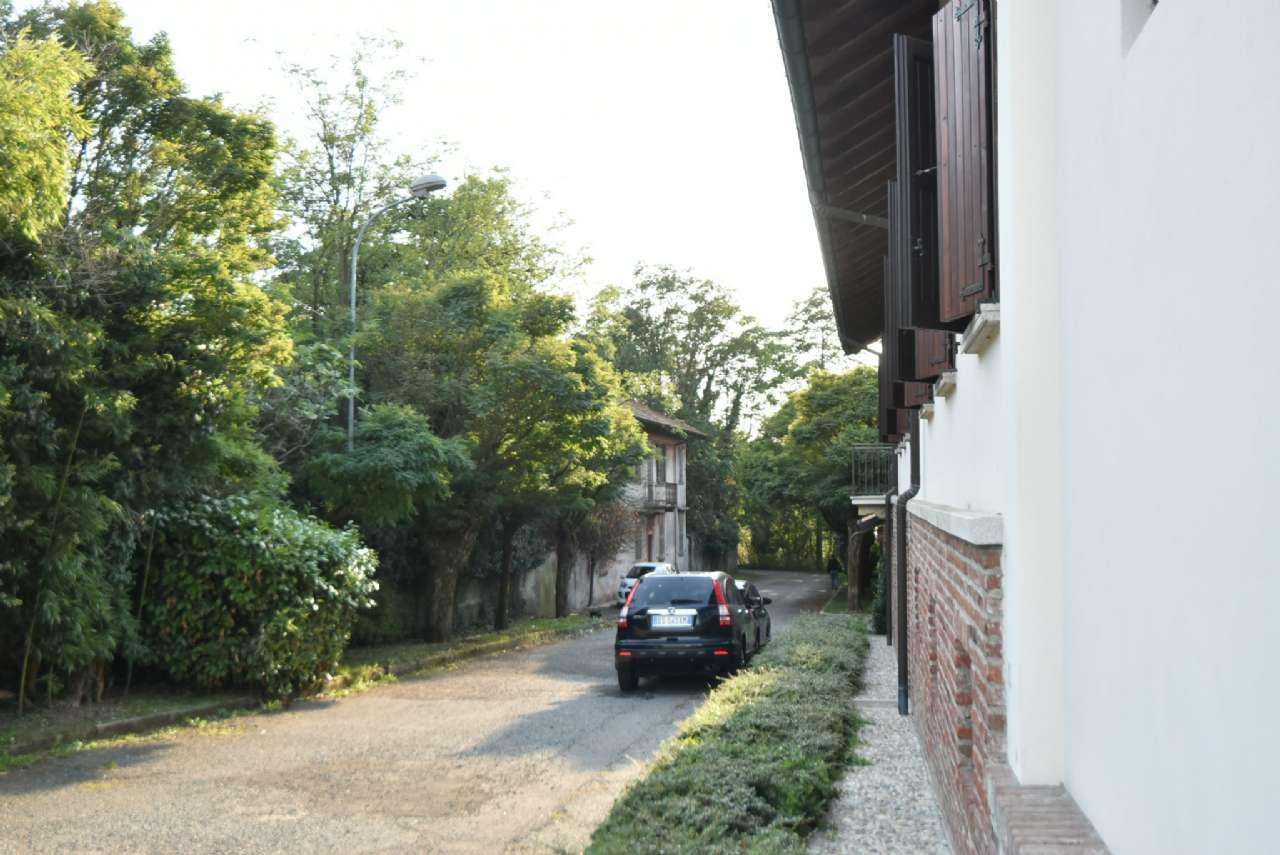 Appartamento in vendita a Nosate, 6 locali, prezzo € 400.000 | PortaleAgenzieImmobiliari.it