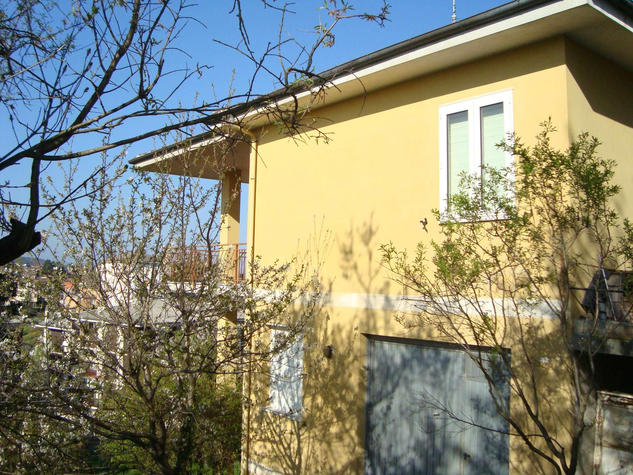 Soluzione Indipendente in vendita a Lerma, 4 locali, prezzo € 120.000 | PortaleAgenzieImmobiliari.it