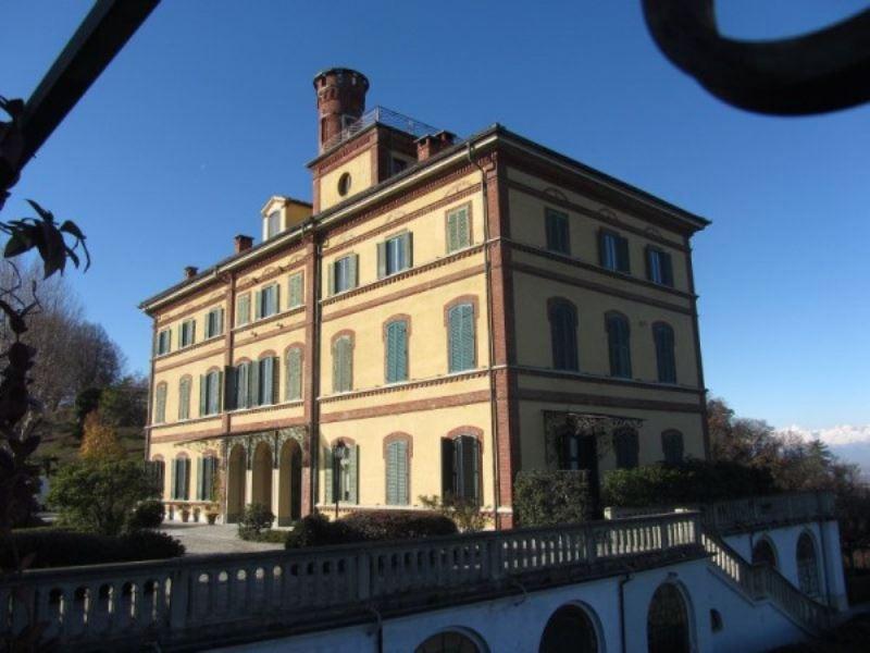 Appartamento in vendita a Castagneto Po, 5 locali, prezzo € 490.000 | CambioCasa.it