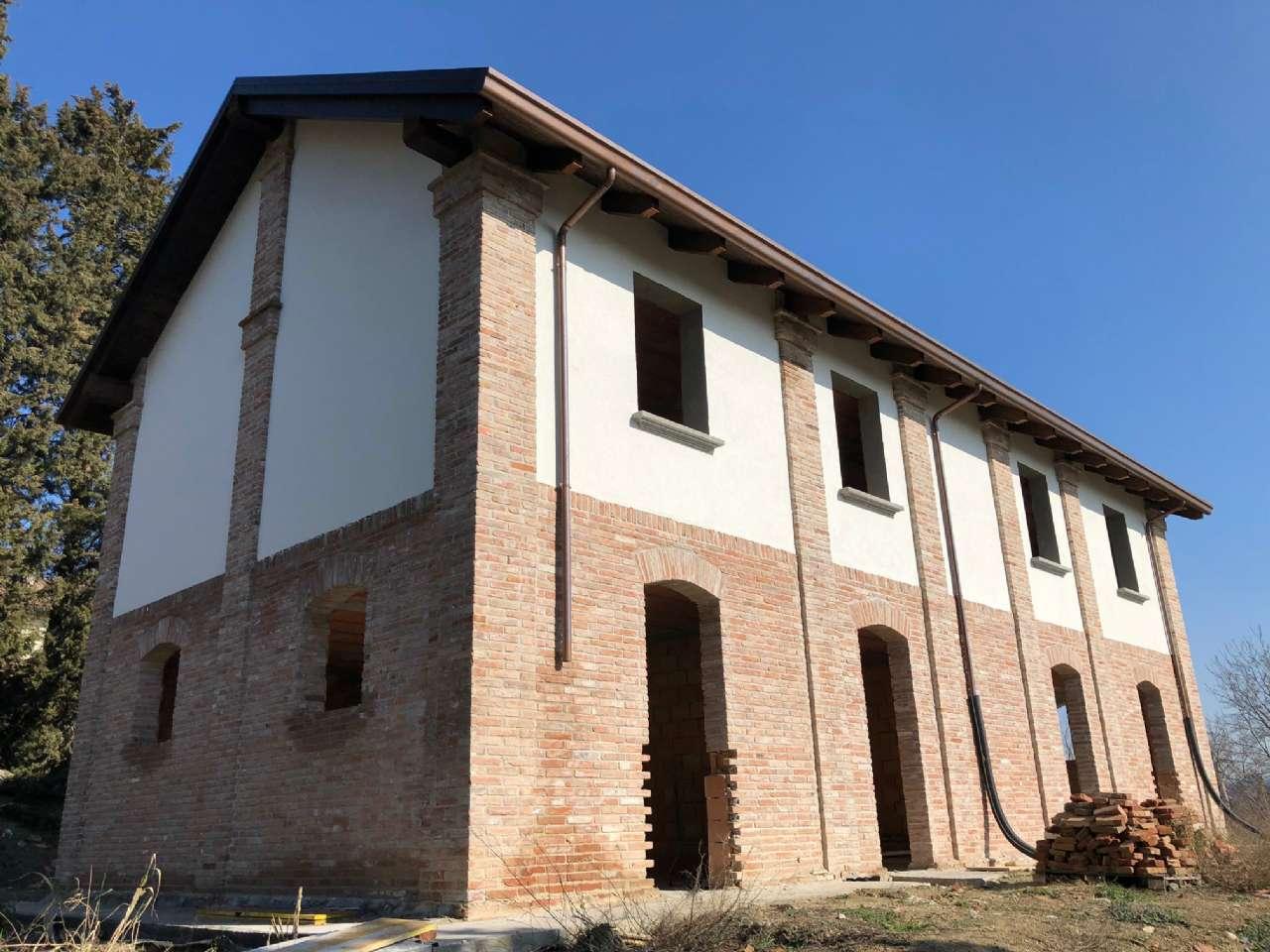 Villa Tri-Quadrifamiliare in vendita a Bologna, 9999 locali, zona Zona: 10 . Colli, San Mamolo, San Luca, Castiglione, Ravone, prezzo € 400.000 | CambioCasa.it