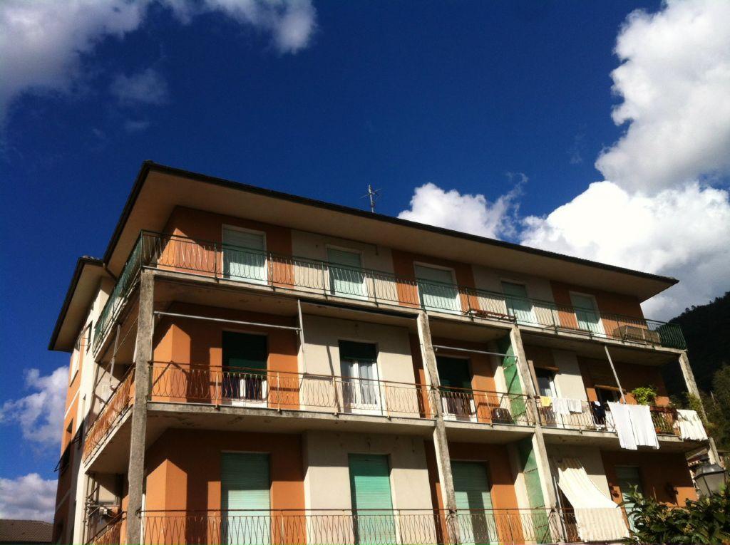 Appartamento in vendita a Cicagna, 7 locali, prezzo € 70.000 | PortaleAgenzieImmobiliari.it