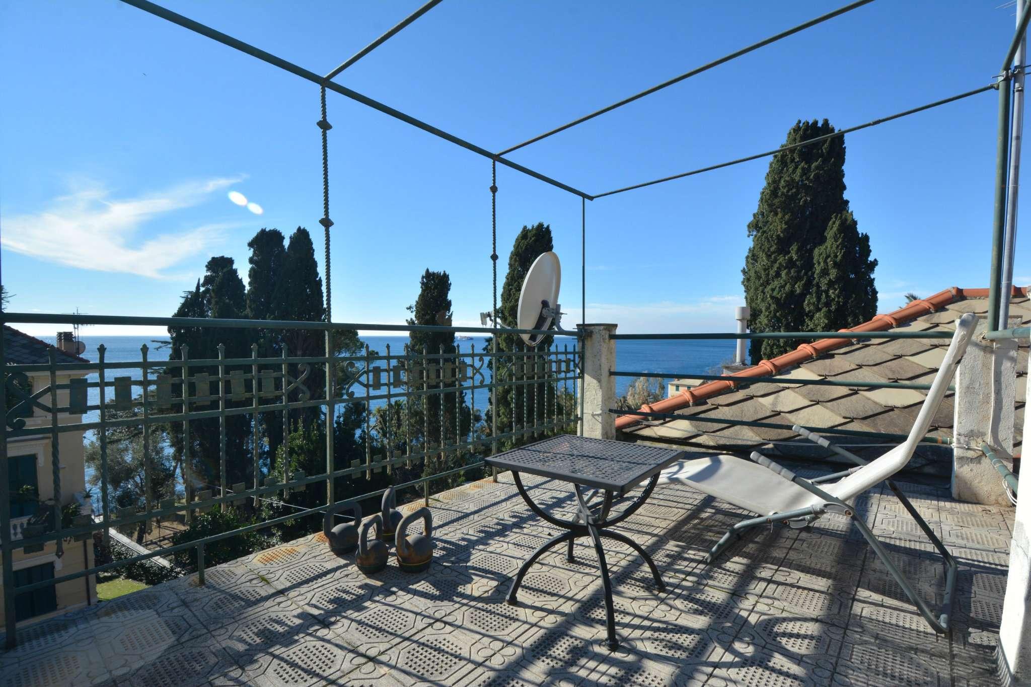 Appartamento in buone condizioni in affitto Rif. 8678089
