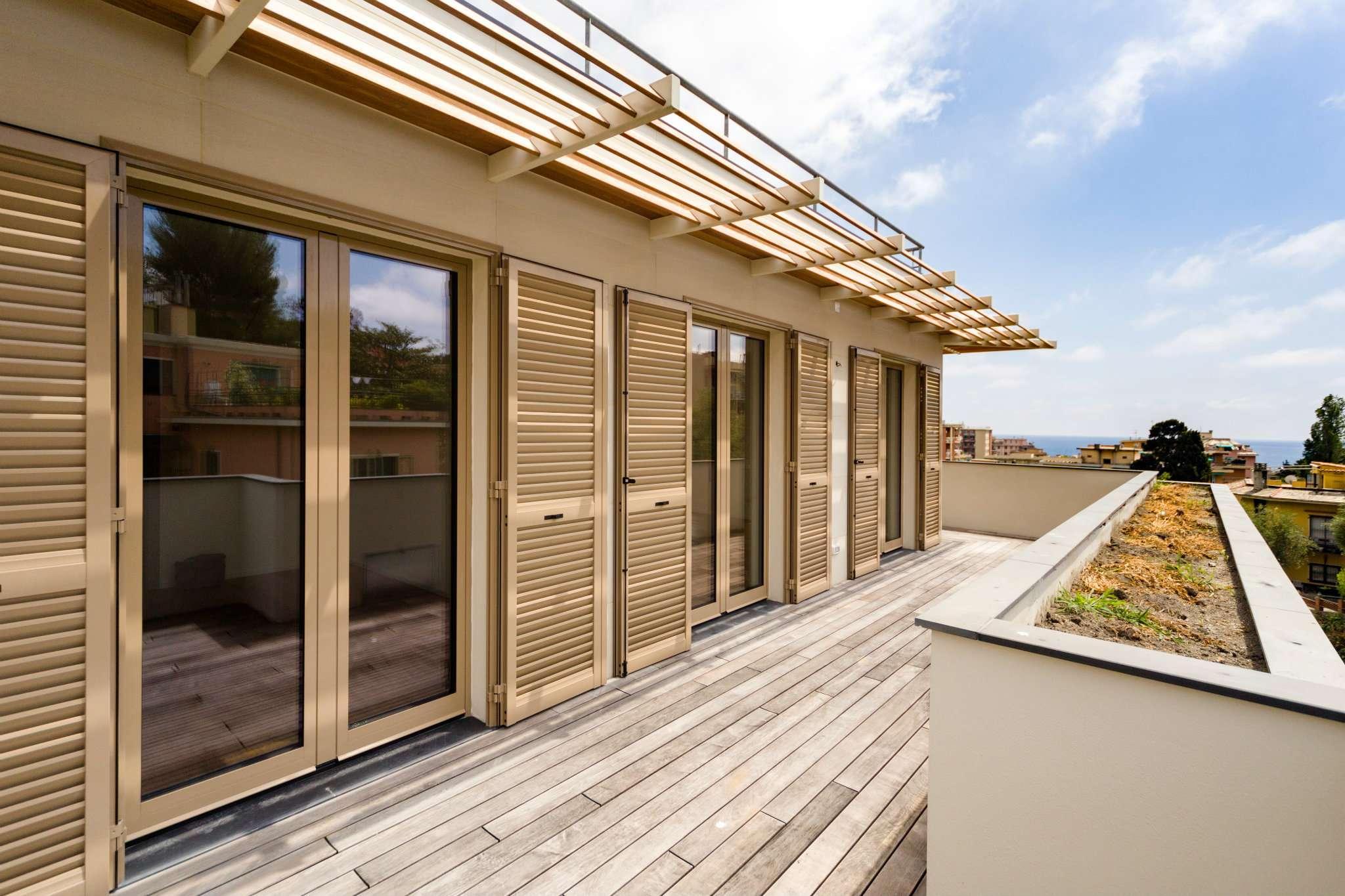 Attico / Mansarda in vendita a Genova, 8 locali, zona Quinto-Nervi, Levante Mare, prezzo € 800.000 | PortaleAgenzieImmobiliari.it