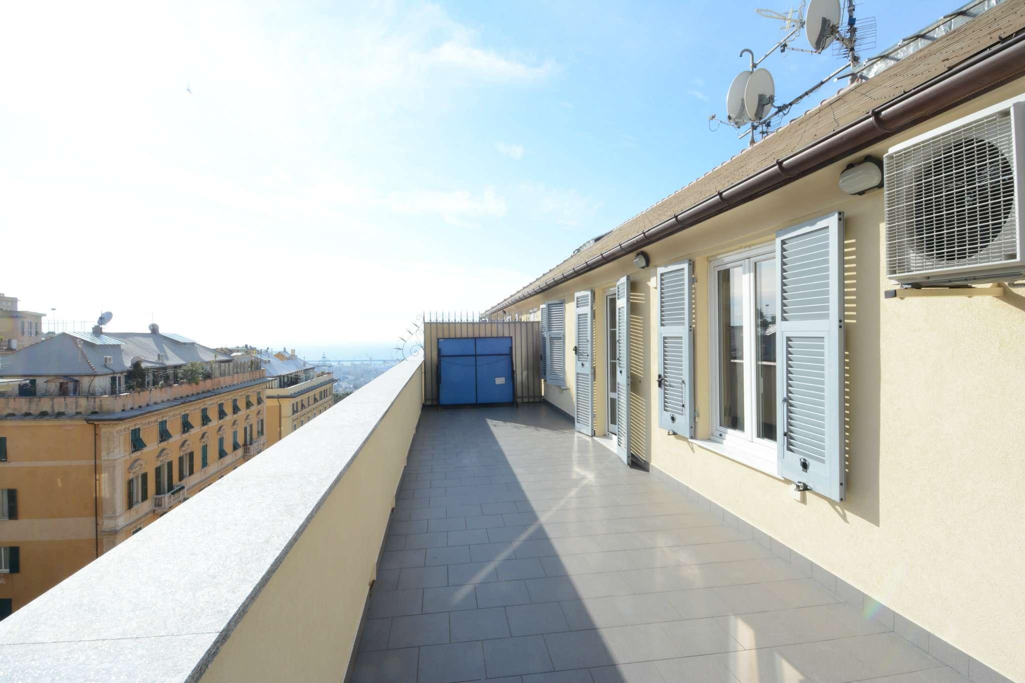 Attico / Mansarda in vendita a Genova, 6 locali, prezzo € 360.000 | PortaleAgenzieImmobiliari.it