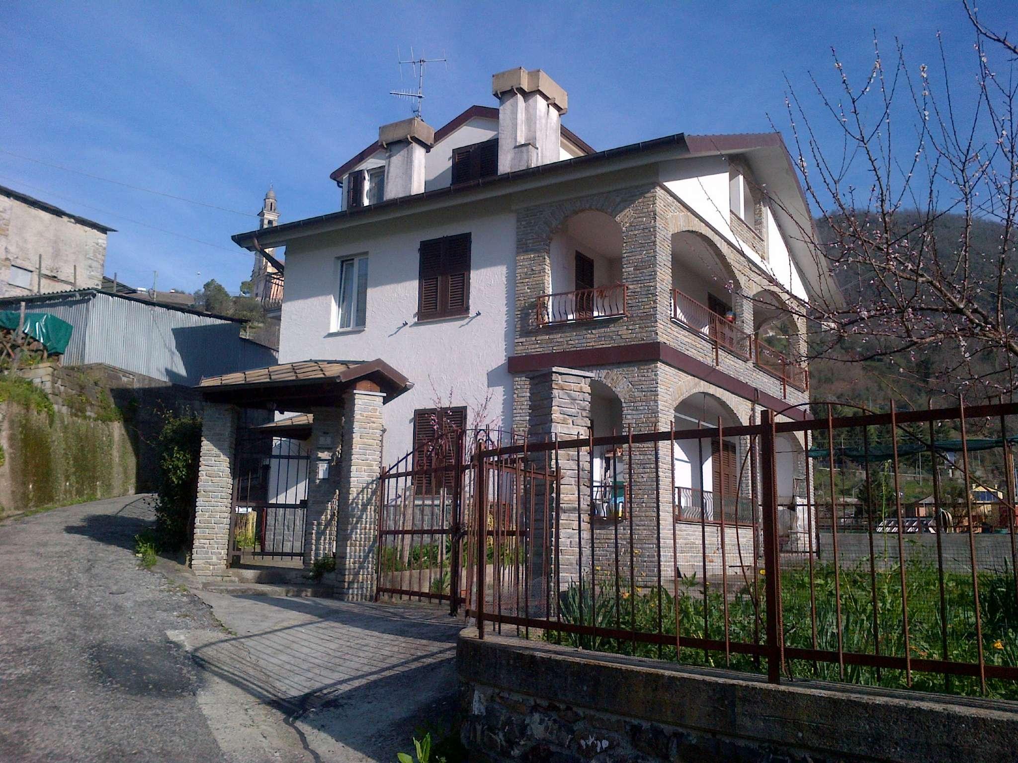 Appartamento in vendita a Moconesi, 6 locali, prezzo € 79.000   PortaleAgenzieImmobiliari.it
