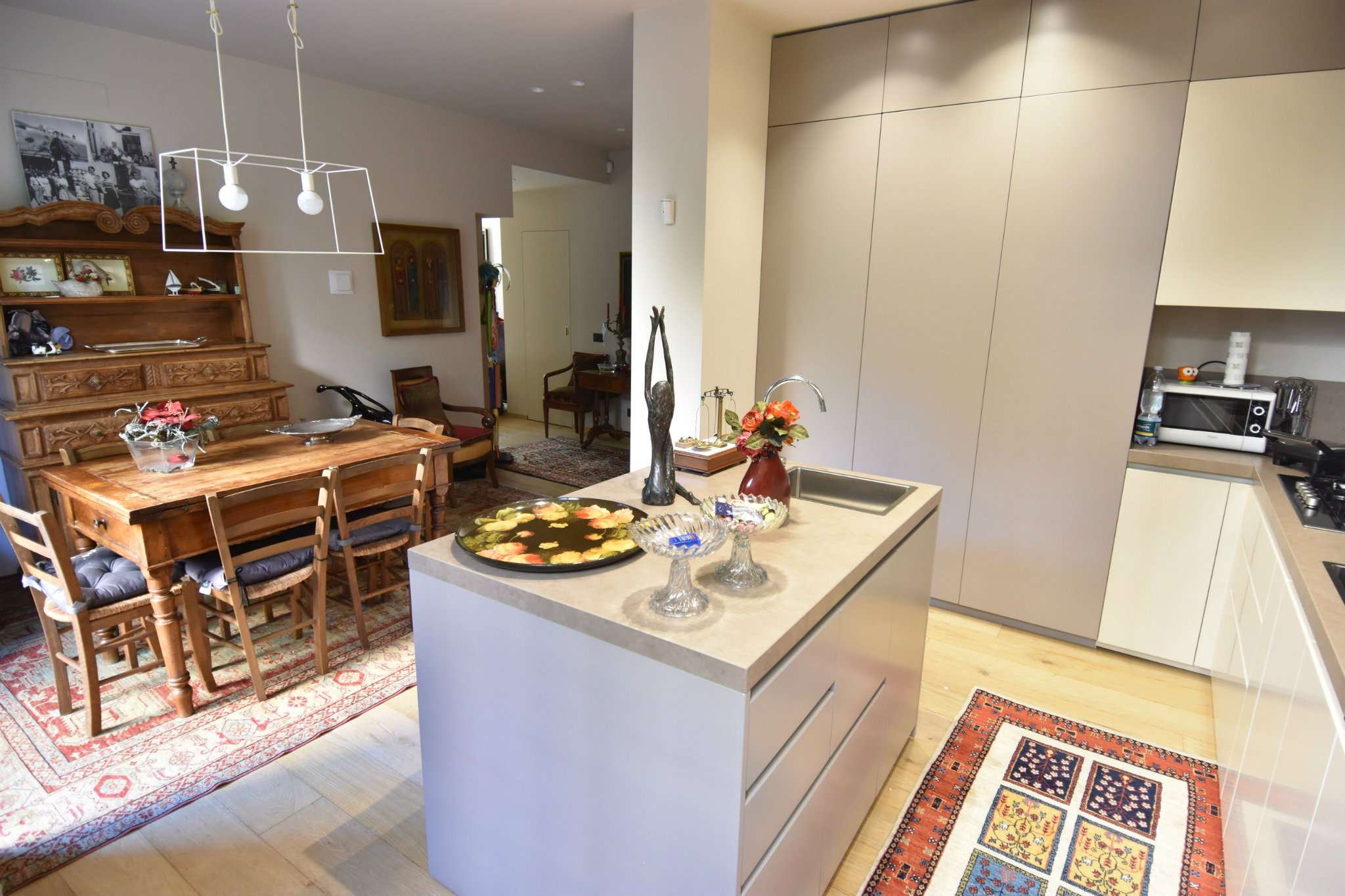 Appartamento in vendita a Genova, 6 locali, prezzo € 390.000 | PortaleAgenzieImmobiliari.it