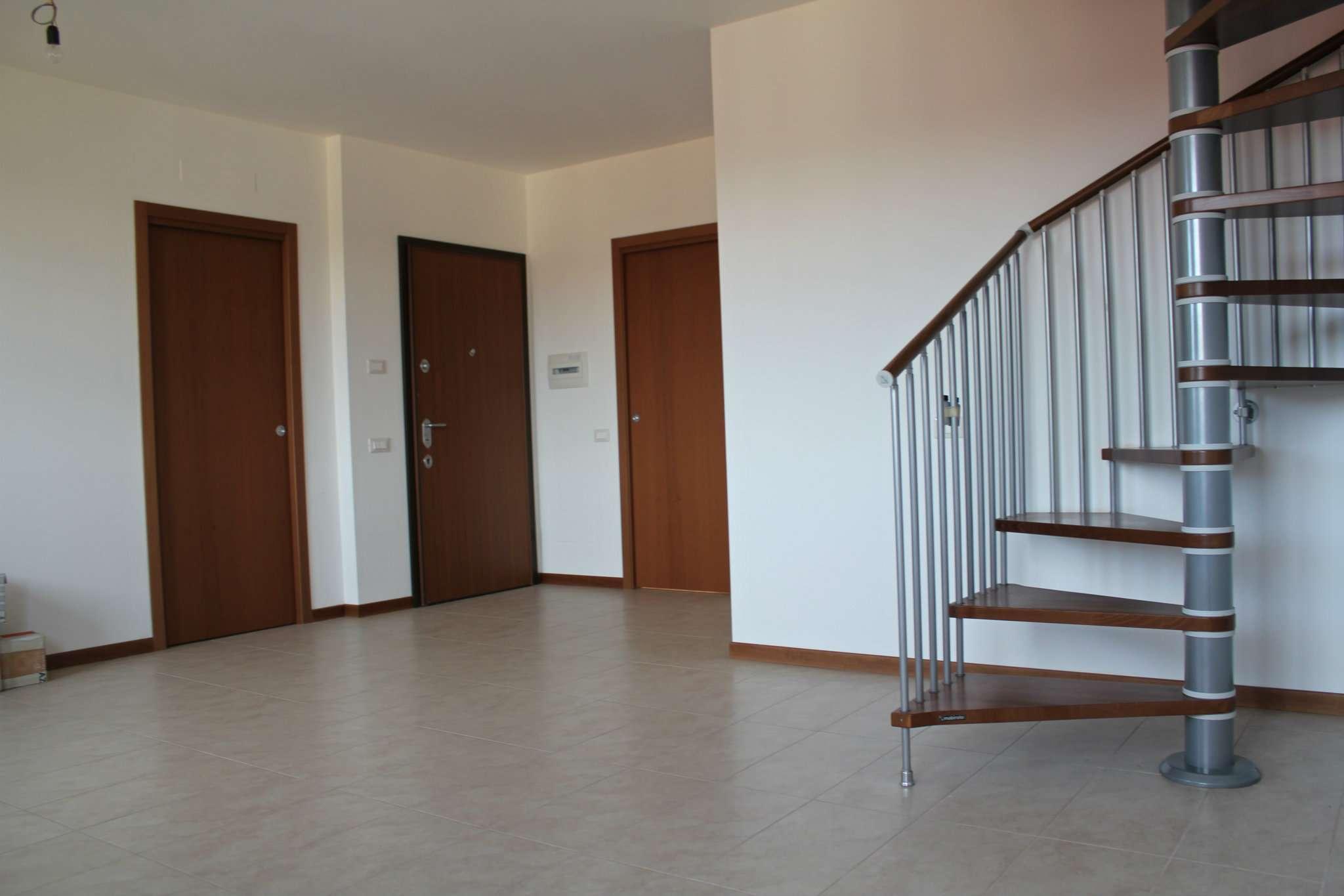 Appartamento in vendita a Bernareggio, 3 locali, prezzo € 210.000 | PortaleAgenzieImmobiliari.it