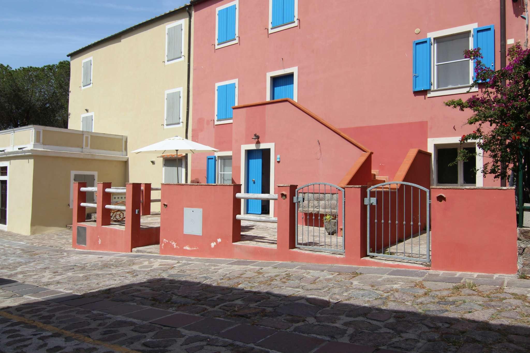 Appartamento ristrutturato parzialmente arredato in vendita Rif. 4985363