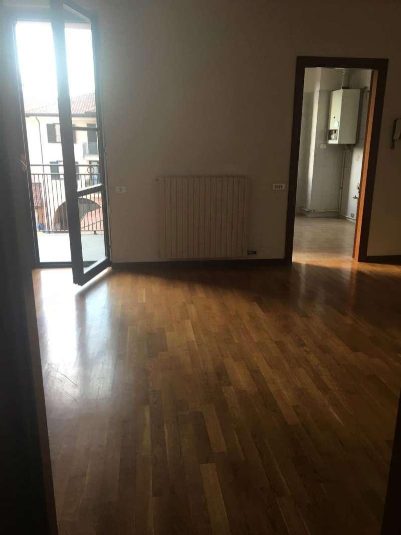 Appartamento in vendita a Tradate, 3 locali, prezzo € 180.000 | PortaleAgenzieImmobiliari.it
