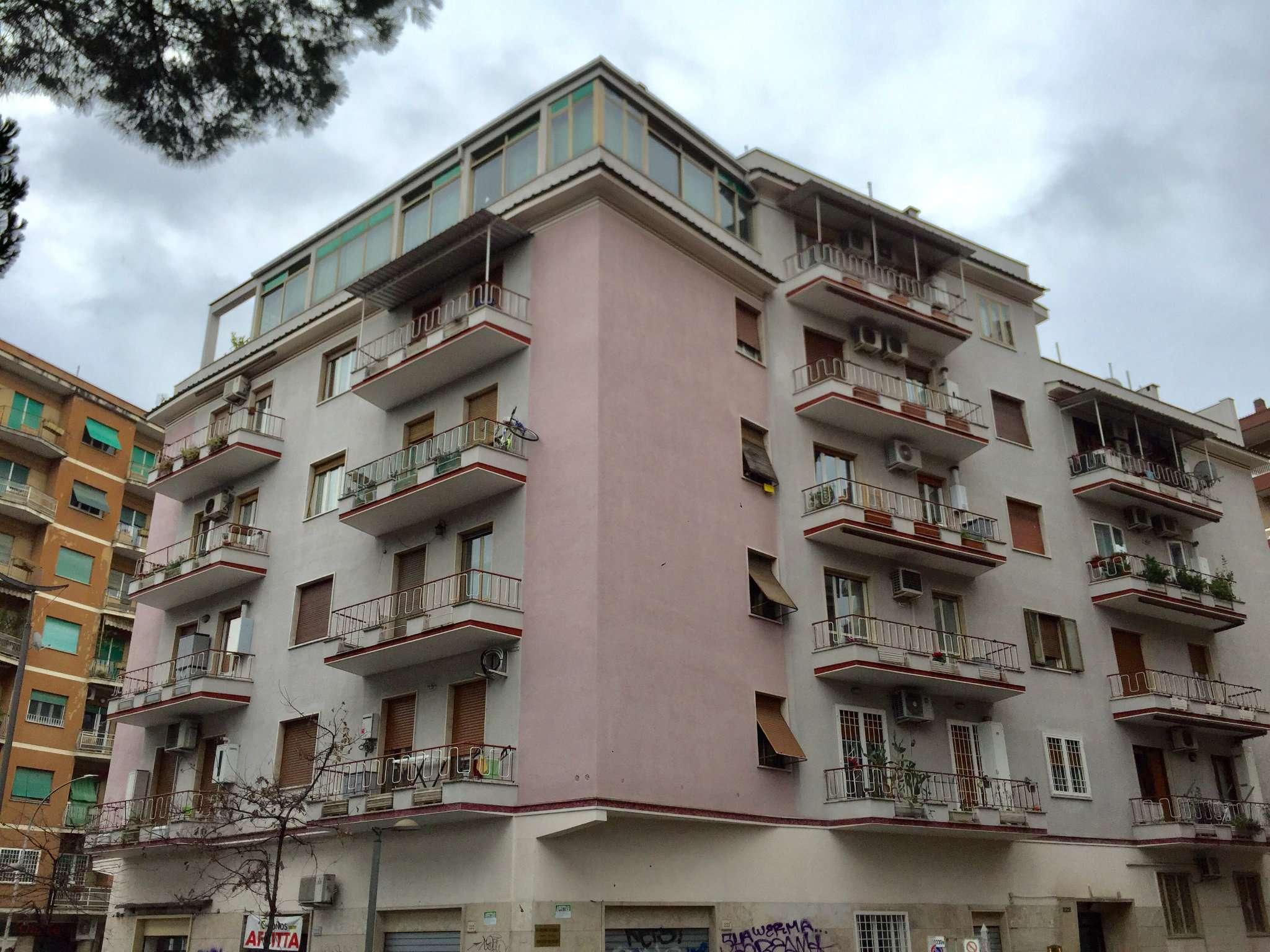 Appartamento in vendita a Roma, 4 locali, zona Zona: 10 . Pigneto, Largo Preneste, prezzo € 259.000   CambioCasa.it