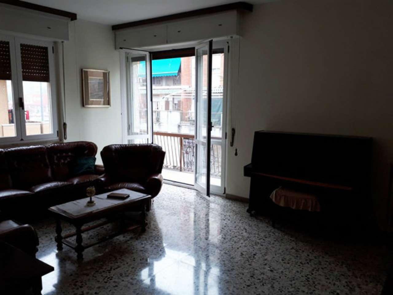 Appartamento in buone condizioni in vendita Rif. 7337200