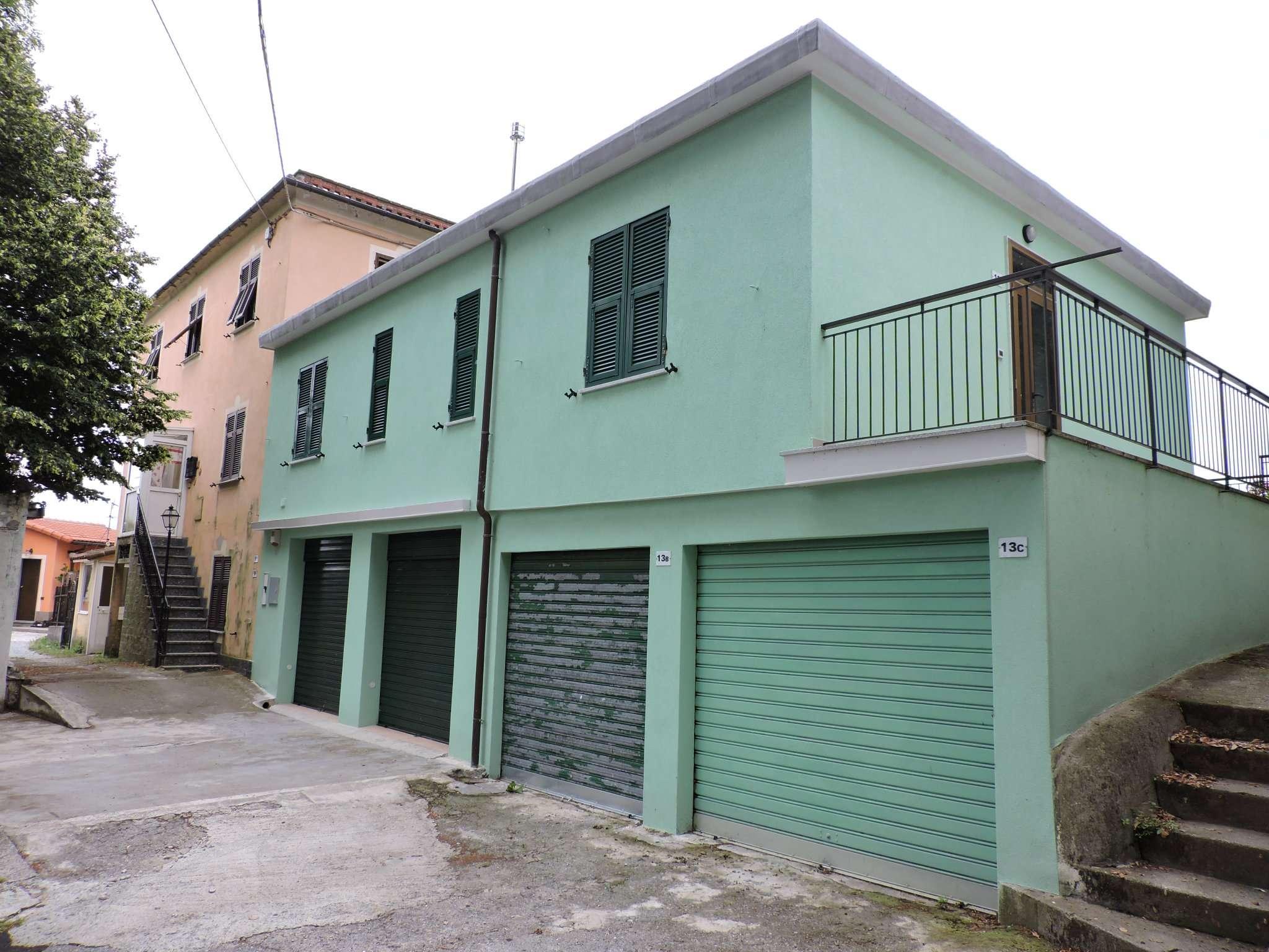 Ceranesi Livellato via San bernardo appartamento 7 vani con box auto Euro 500,00 mensili
