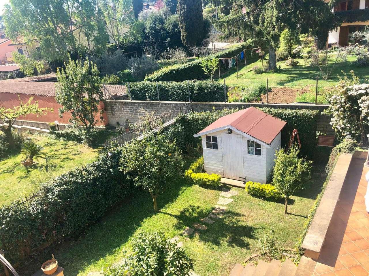 Villa Bifamiliare in vendita a Sacrofano, 5 locali, prezzo € 260.000 | CambioCasa.it