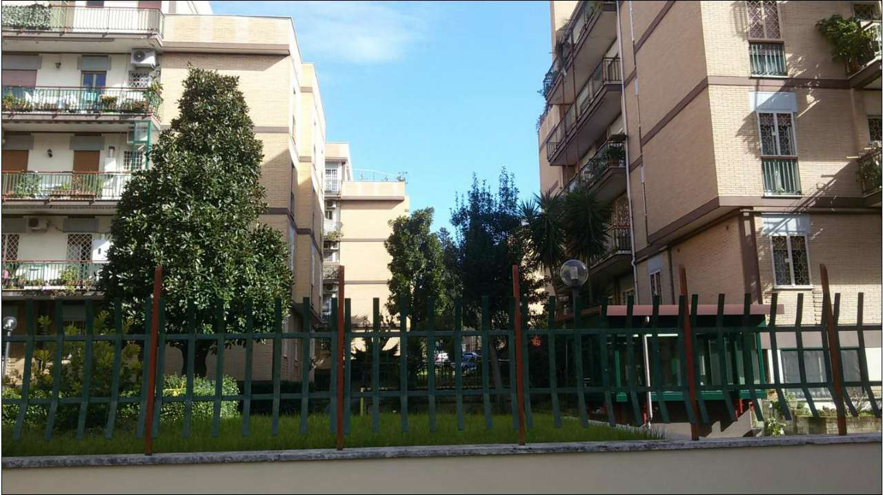 Appartamento in vendita a Roma, 3 locali, zona Zona: 13 . Tuscolano, Appio Claudio, Villa Lais, Quadraro, prezzo € 299.000 | CambioCasa.it