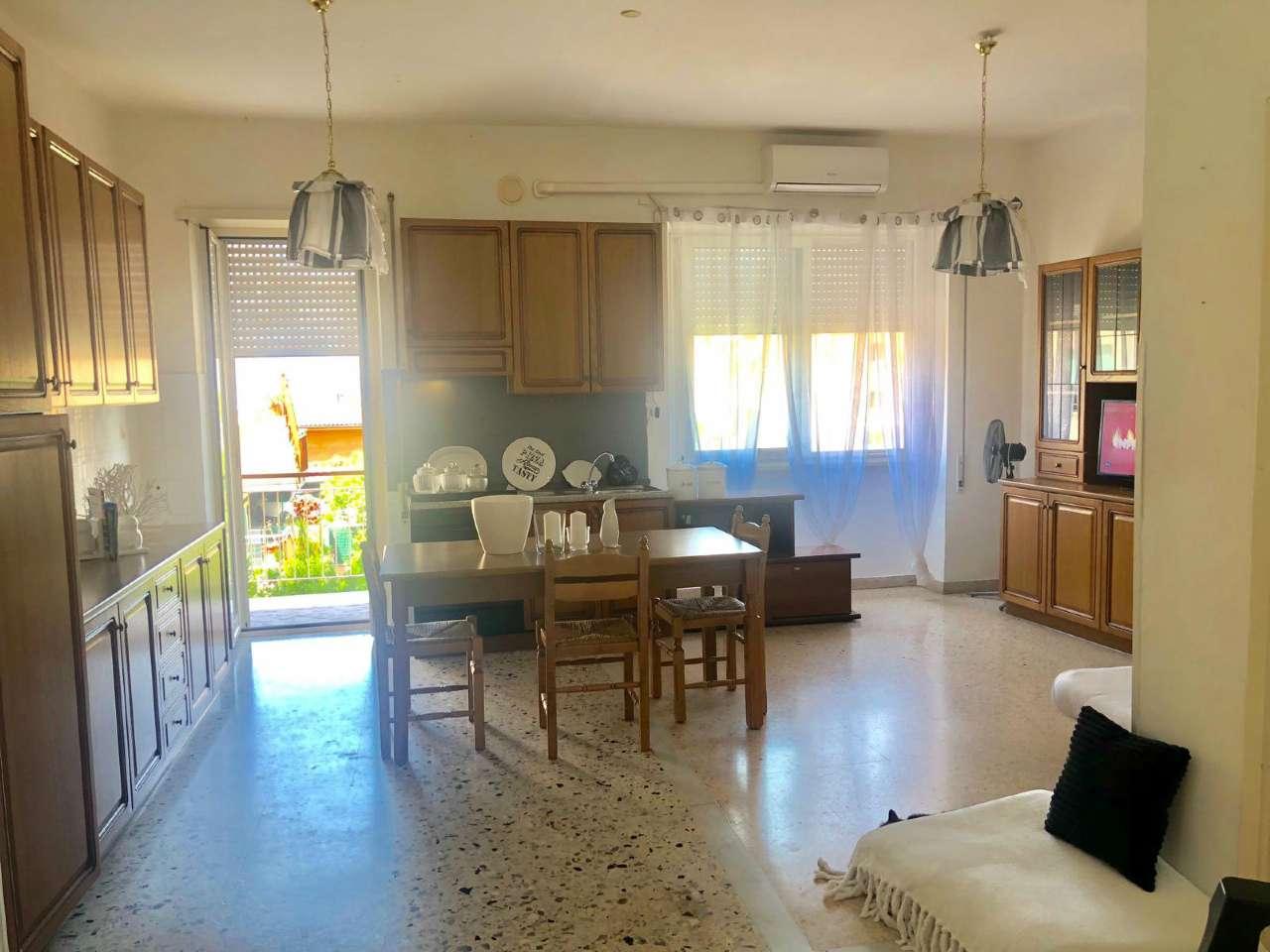 Appartamento in vendita a Terracina, 3 locali, prezzo € 168.000   CambioCasa.it