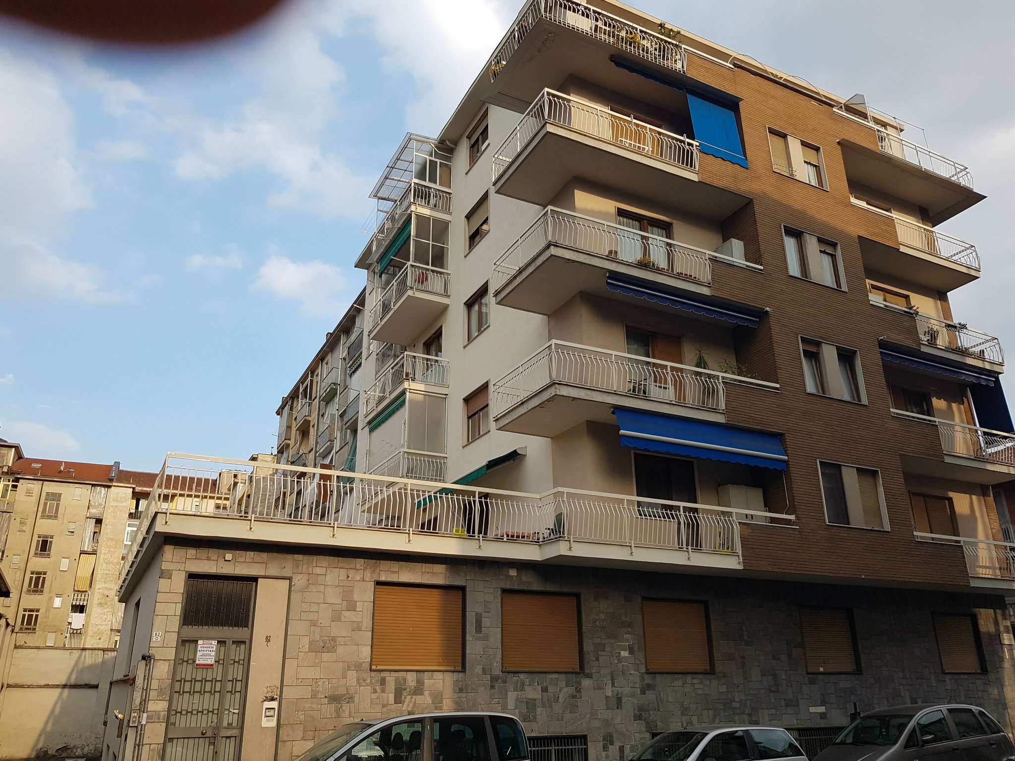 Vendita - Appartamento - Torino - TERRAZZO 110 MQ. OTTIMO TRILOCALE RISTRUTTURATO