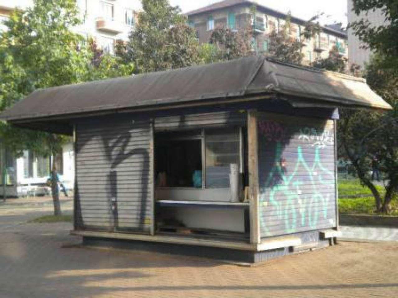 Vendita - Locale Commerciale - Torino - CHIOSCO  PIAZZA RISORGIMENTO - ? 12.000