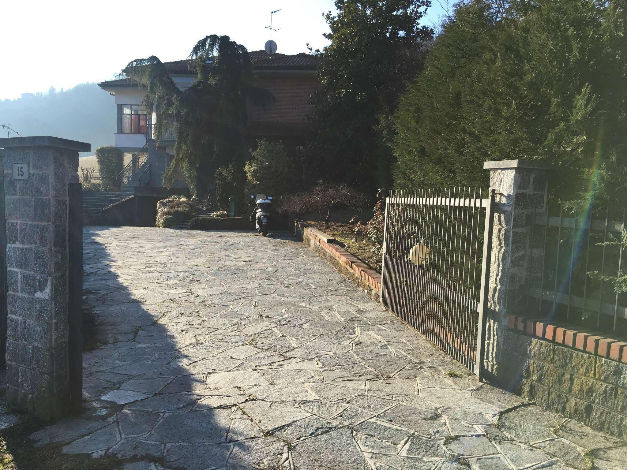 strada   della Madonnina 15 - Castiglione Torinese - CASA INDIPENDENTE