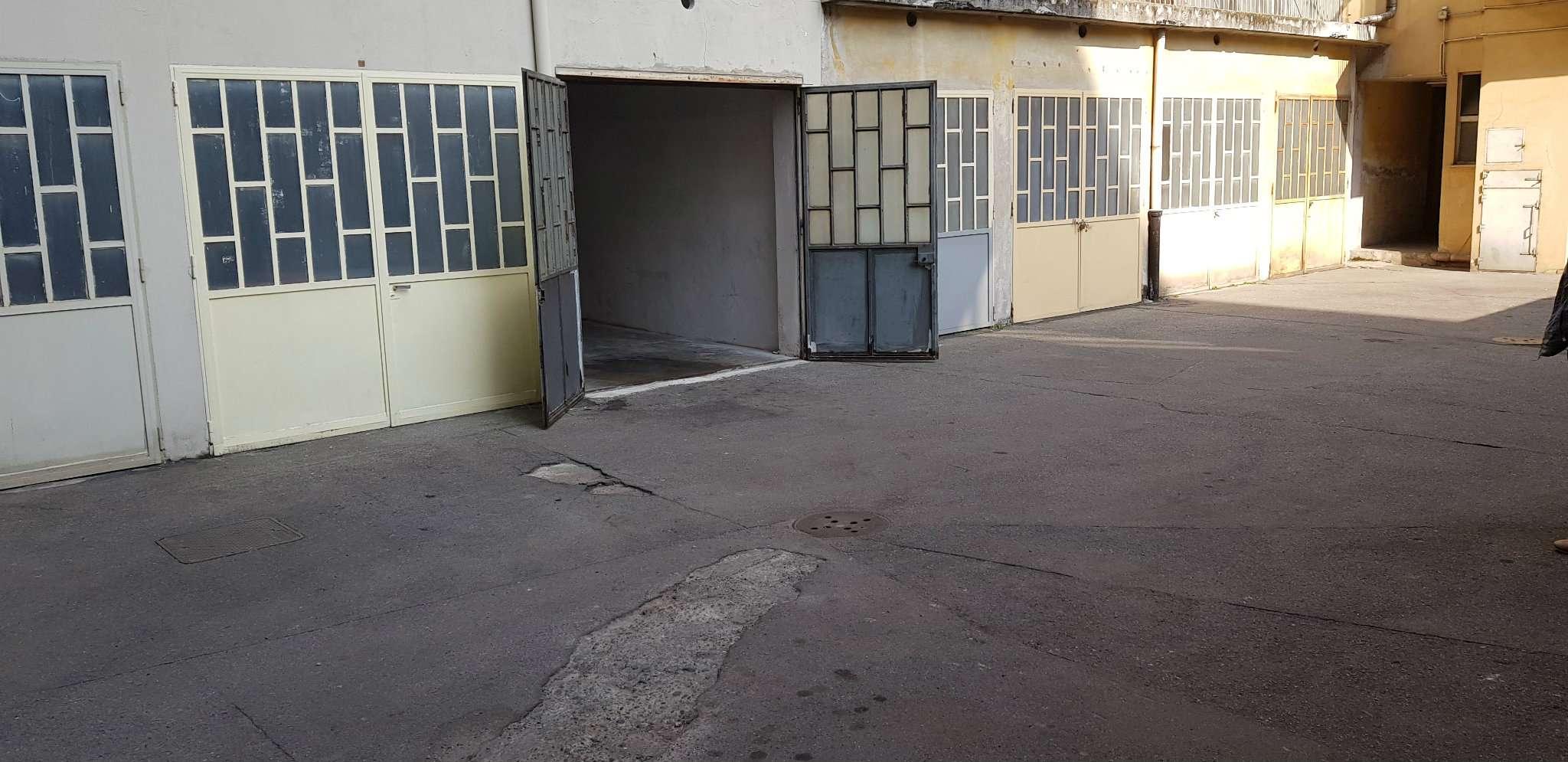 Box/Garage in affitto Zona Parella, Pozzo Strada - via Viverone  12 Torino