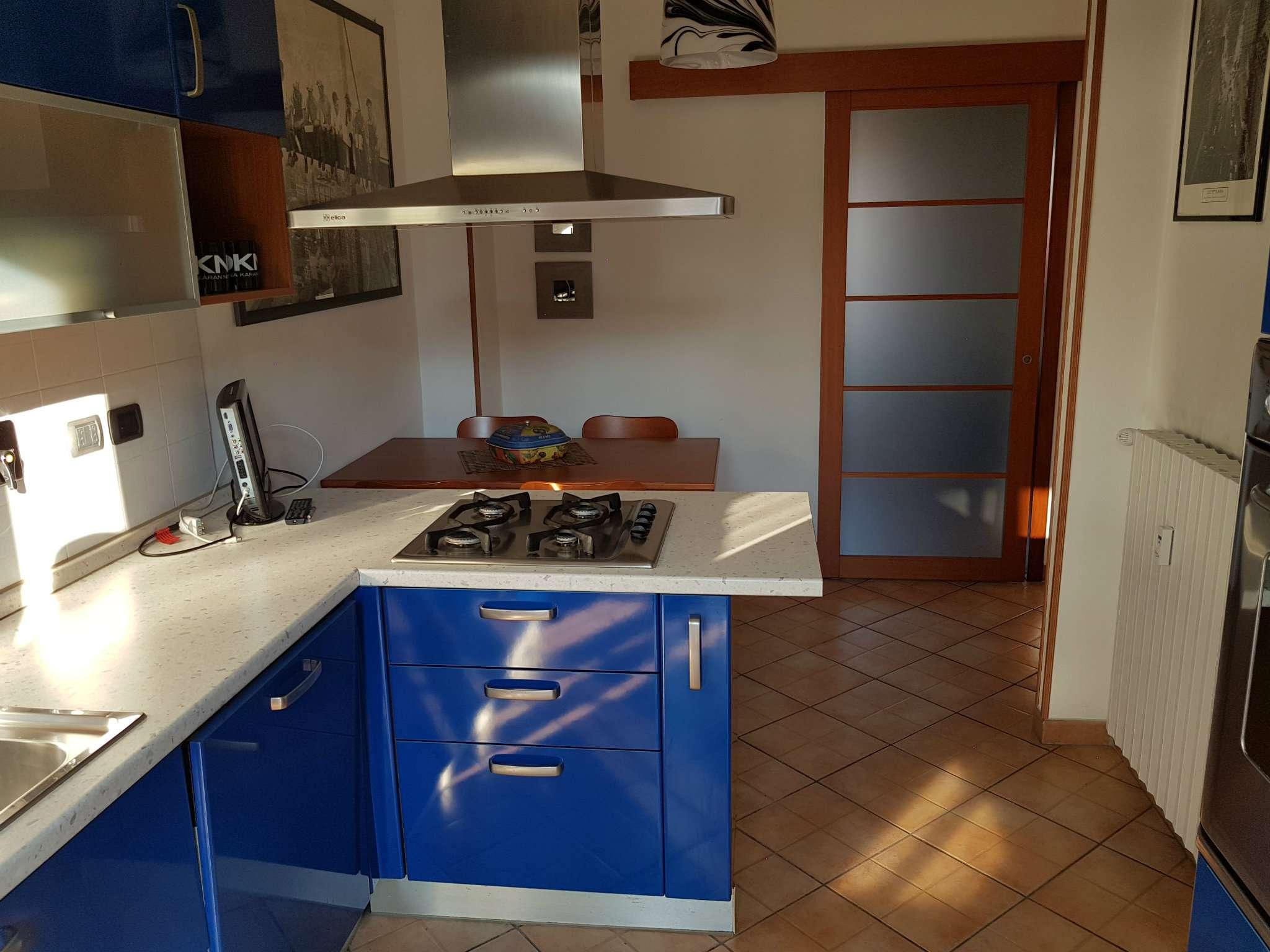 Appartamento in vendita Zona Parella, Pozzo Strada - via Lessona  91 Torino