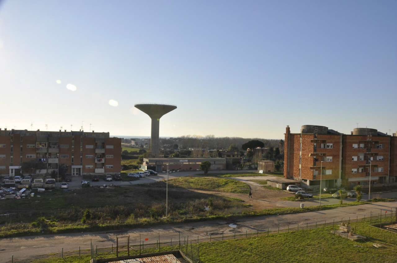 Appartamento in vendita a Ardea, 3 locali, prezzo € 85.000   CambioCasa.it