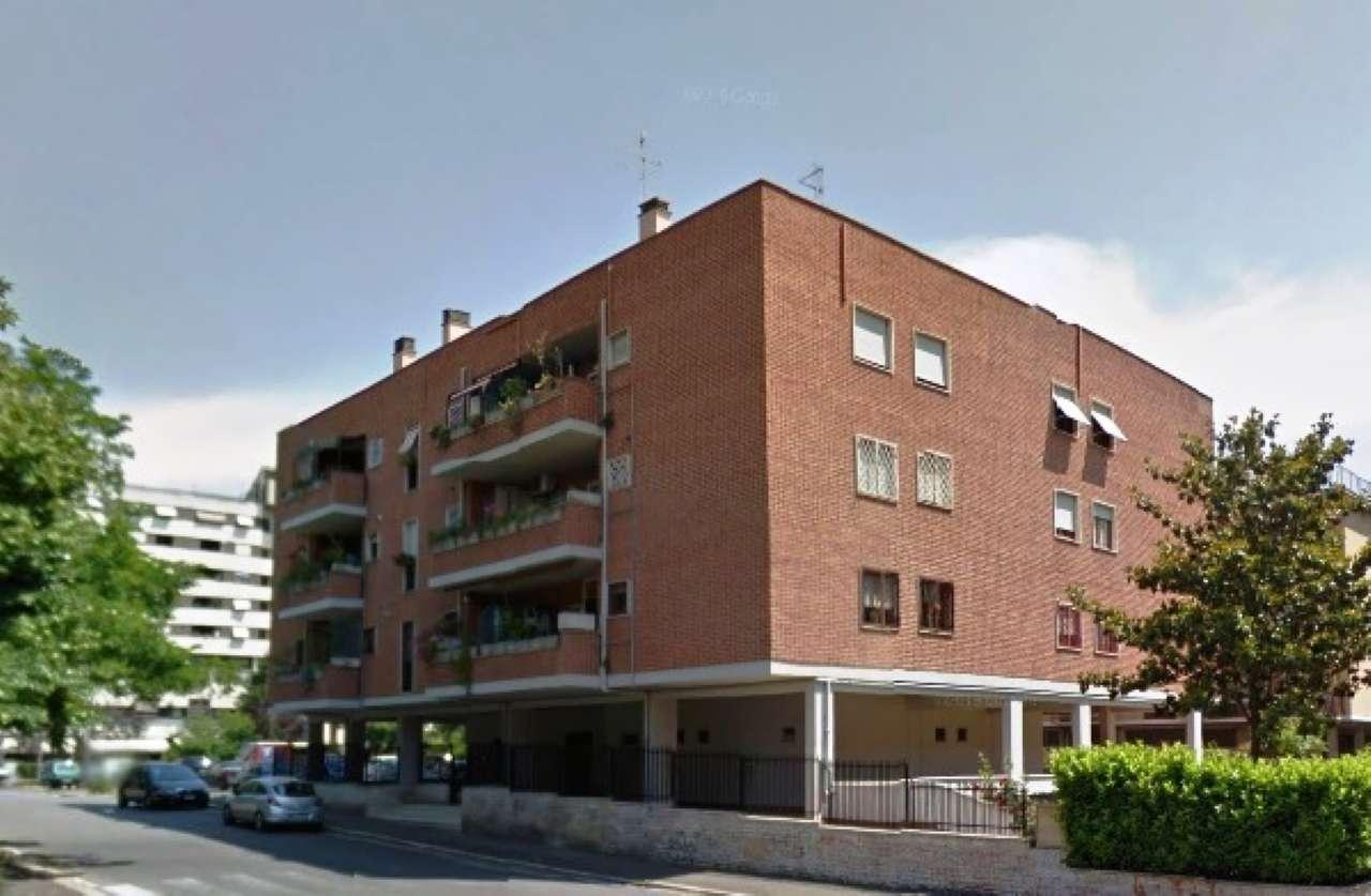 Appartamento in vendita a Roma, 2 locali, zona Zona: 22 . Eur - Torrino - Spinaceto, prezzo € 175.000   CambioCasa.it
