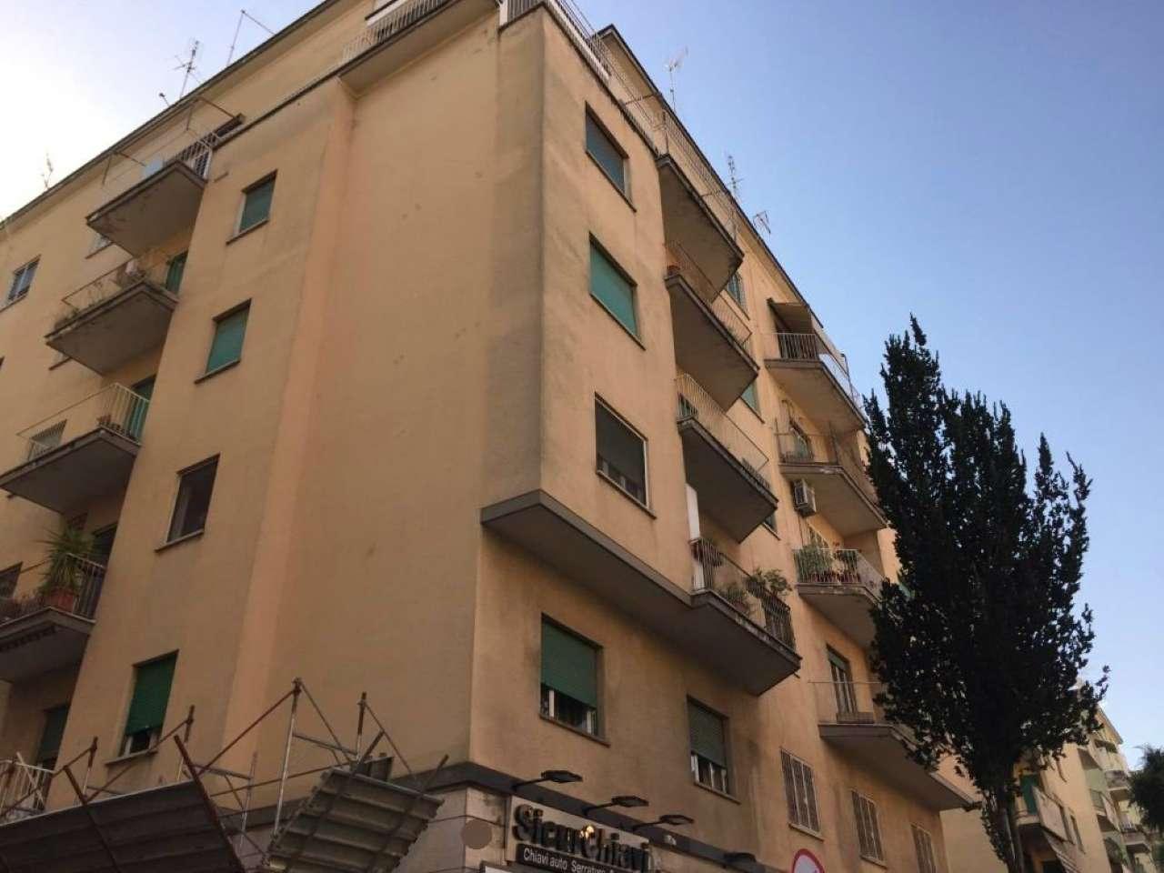 Appartamento in vendita a Roma, 3 locali, zona Zona: 24 . Gianicolense - Colli Portuensi - Monteverde, prezzo € 465.000   CambioCasa.it