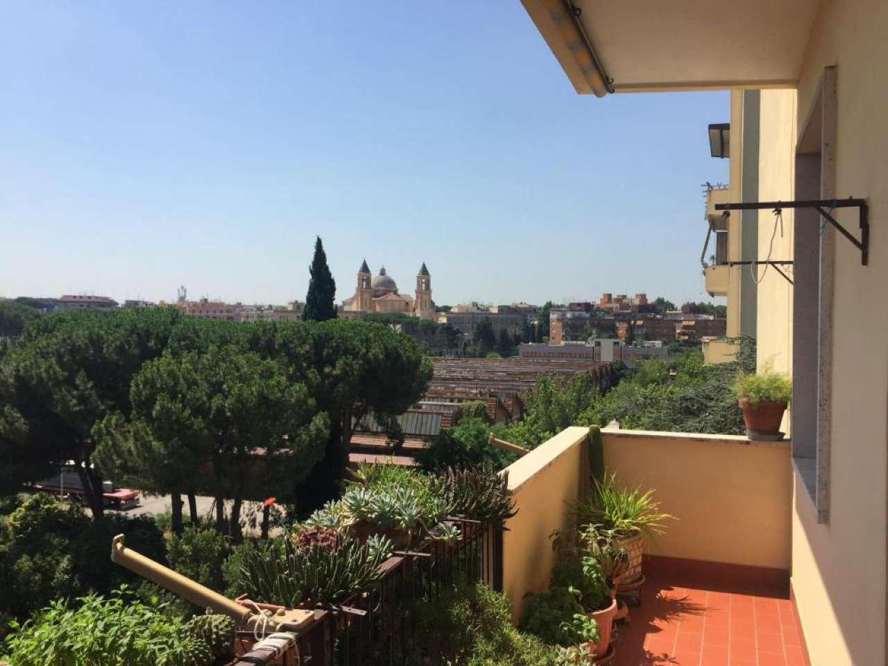 Vendita Appartamento Roma, via Etruria, con balcone ...