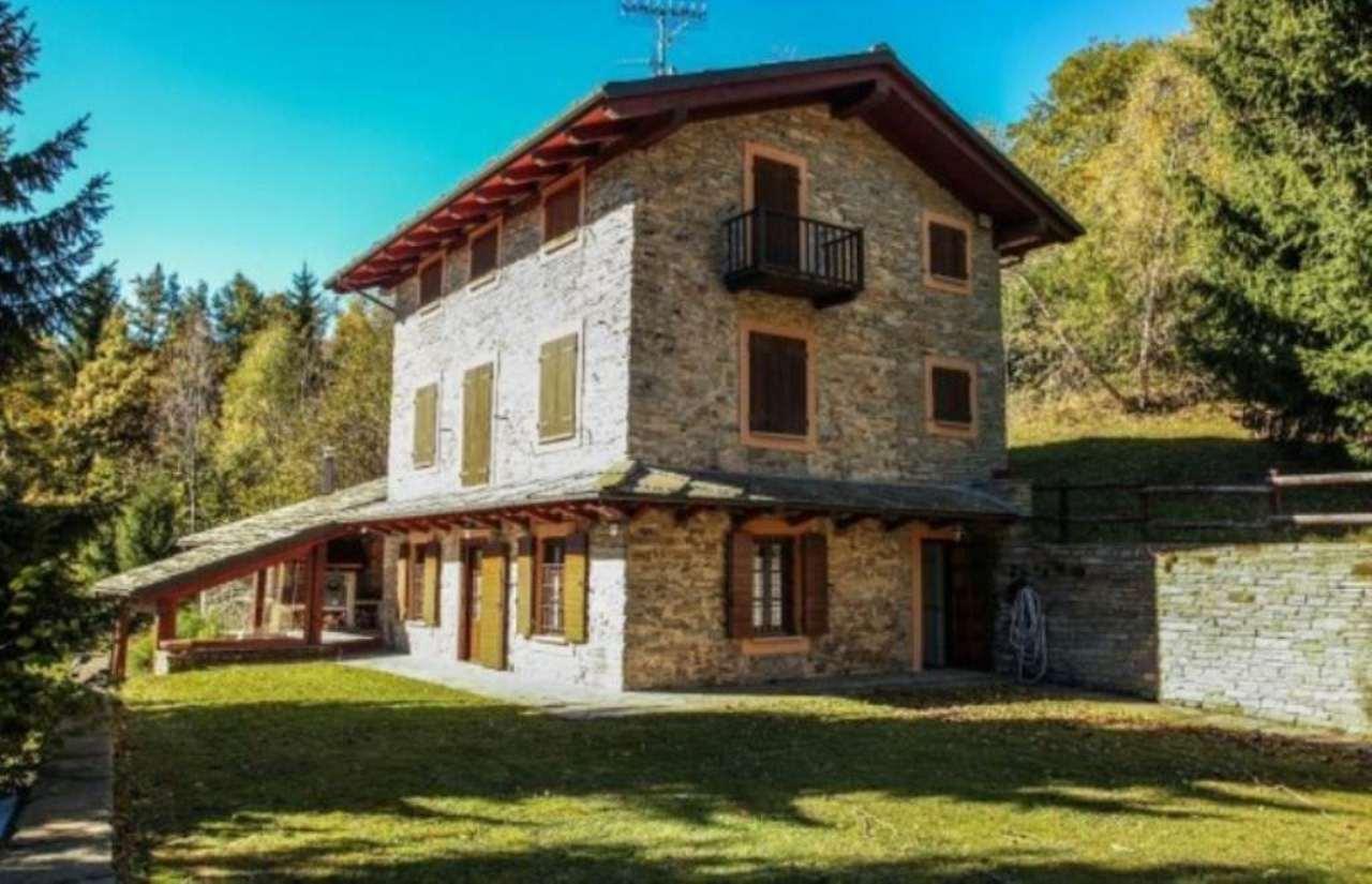 Villa in vendita a Rorà, 6 locali, prezzo € 275.000 | CambioCasa.it