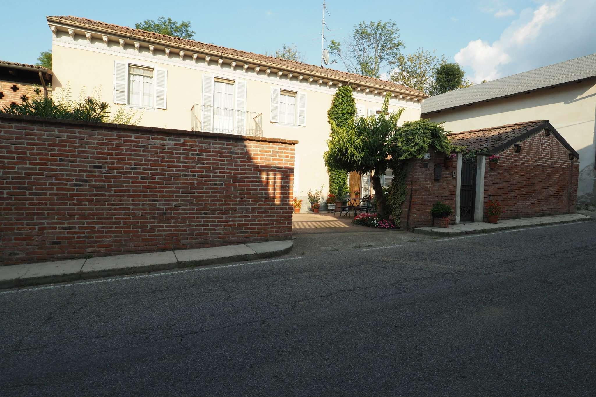 Appartamento ristrutturato parzialmente arredato in vendita Rif. 7706071