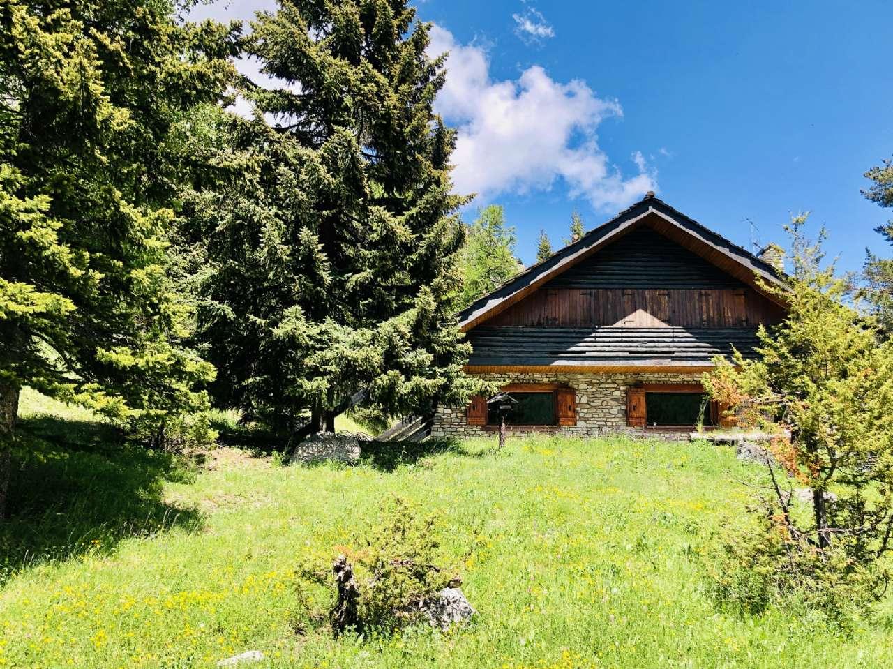 Villa in vendita a Claviere, 9 locali, prezzo € 1.800.000 | CambioCasa.it