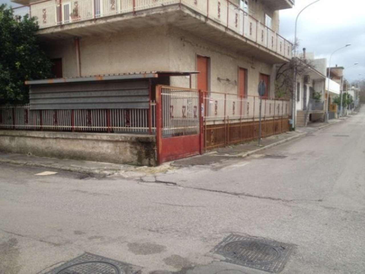 Appartamento in vendita a Cicciano, 6 locali, prezzo € 120.000 | PortaleAgenzieImmobiliari.it