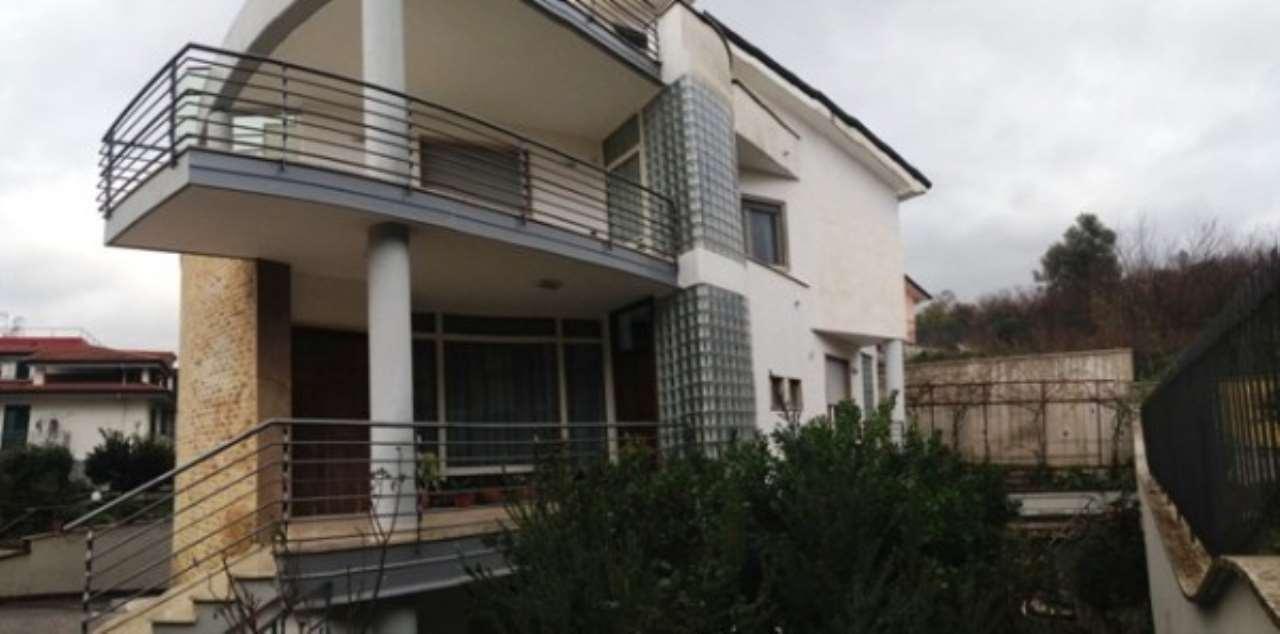 Villa in ottime condizioni in vendita Rif. 4997509