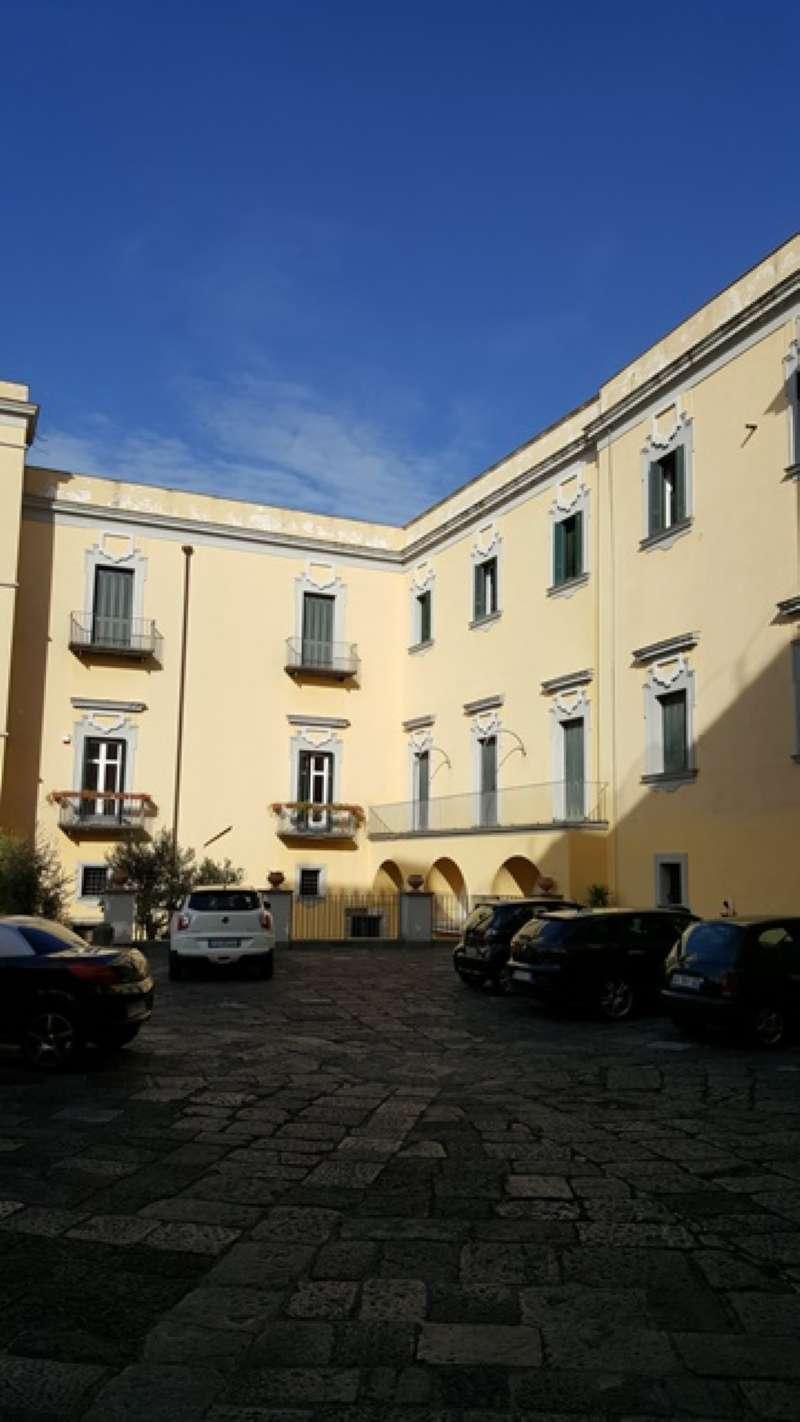 Appartamento in buone condizioni in vendita Rif. 6787285