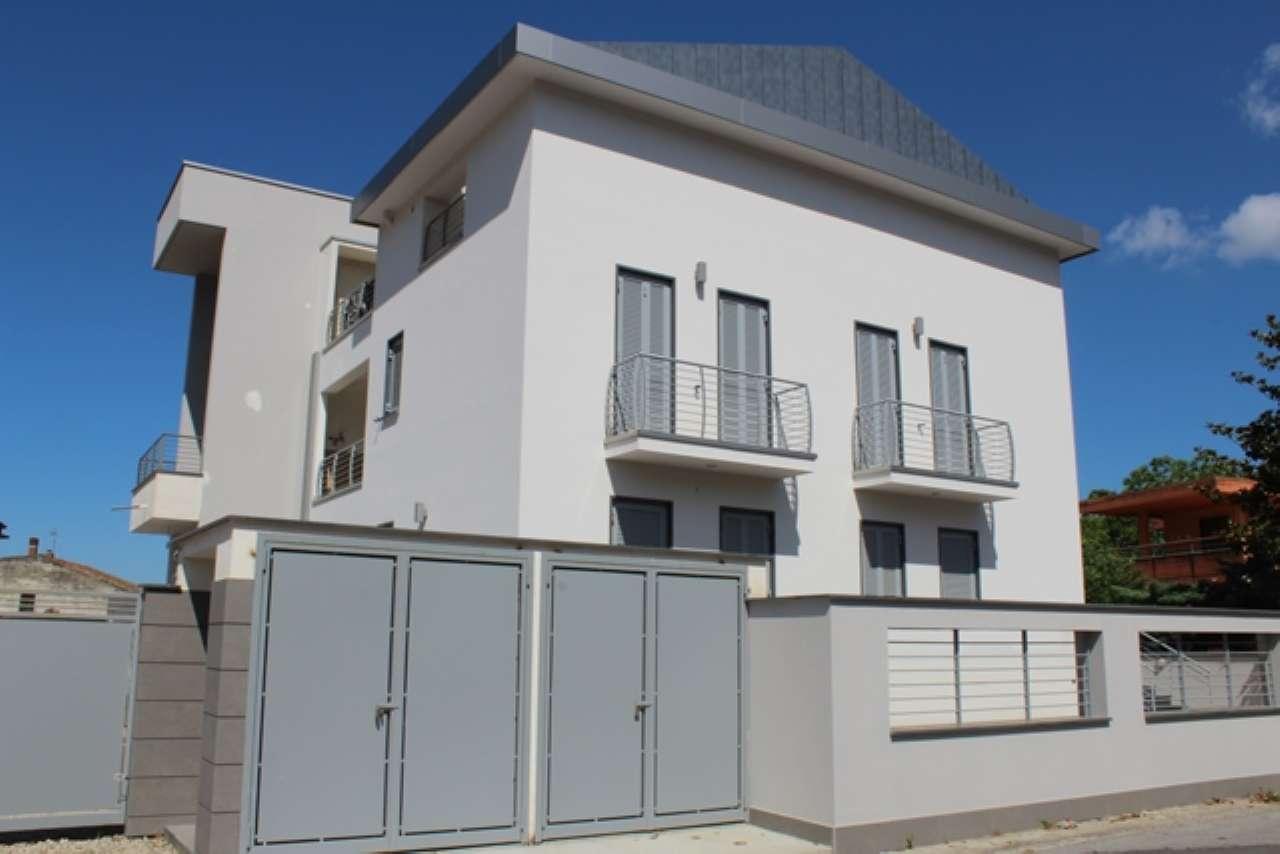 Appartamento in vendita a Casamarciano, 6 locali, prezzo € 240.000 | PortaleAgenzieImmobiliari.it