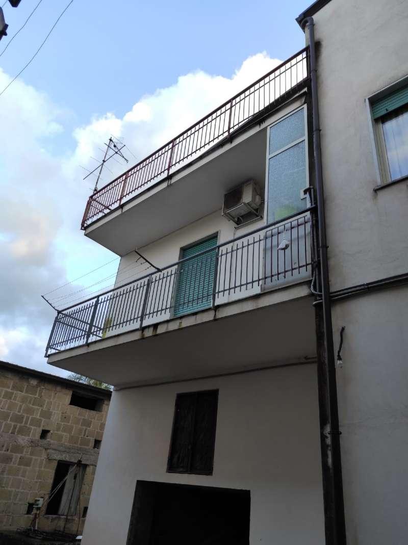 Appartamento in vendita a Marigliano, 4 locali, prezzo € 80.000 | PortaleAgenzieImmobiliari.it
