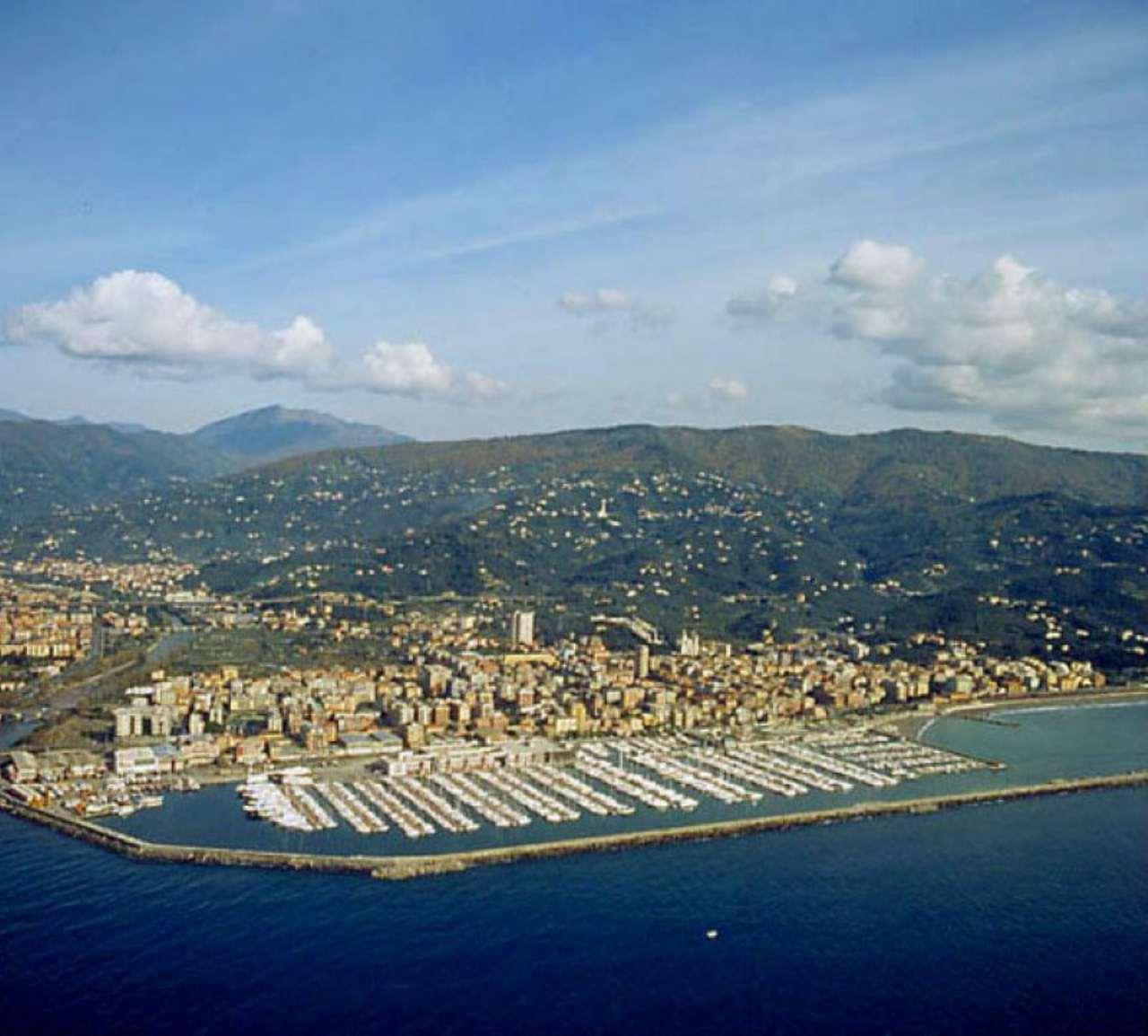 Attività / Licenza in vendita a Chiavari, 9999 locali, prezzo € 100.000 | PortaleAgenzieImmobiliari.it