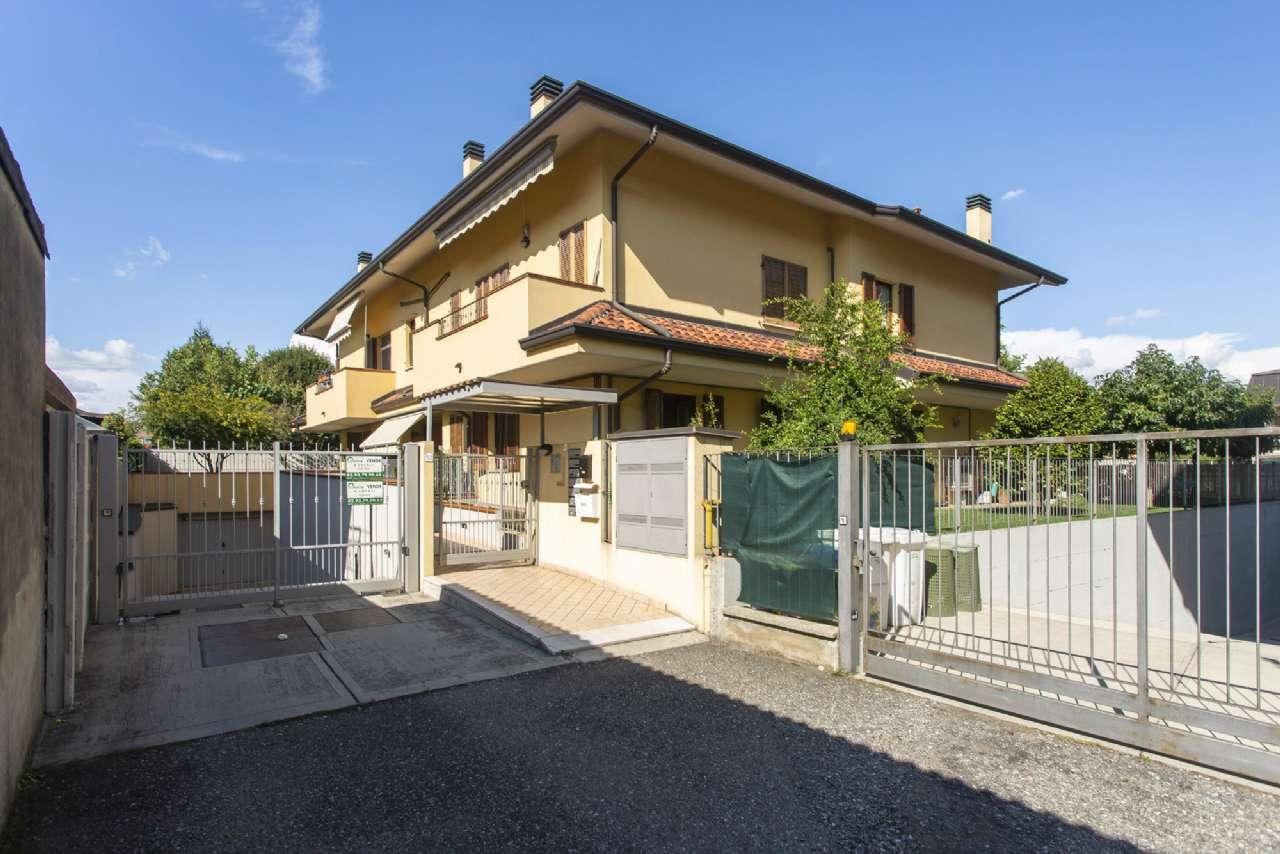 Appartamento in ottime condizioni in vendita Rif. 7768585