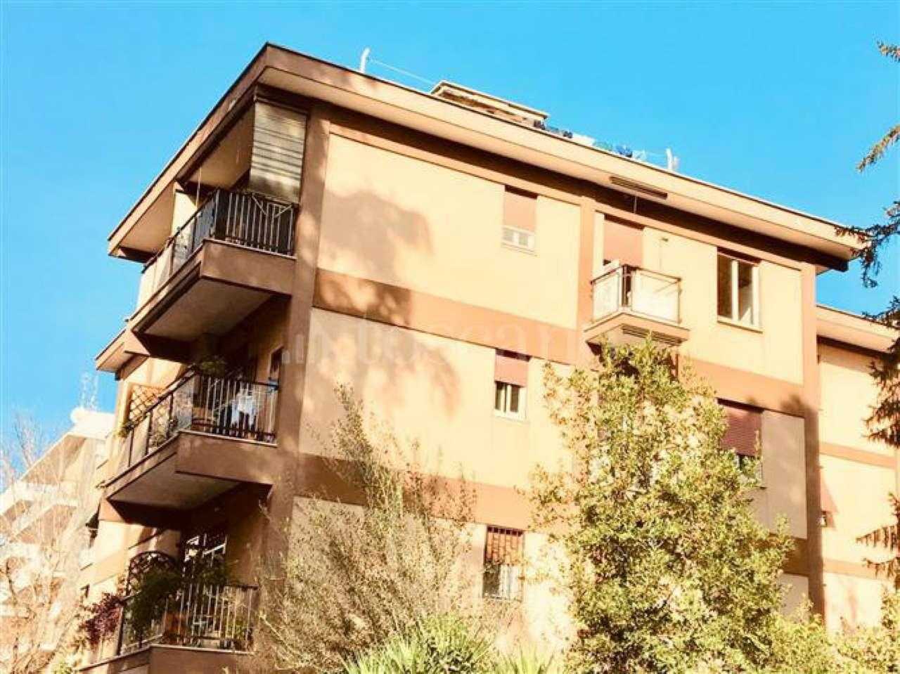 Appartamento in vendita a Roma, 4 locali, zona Zona: 28 . Torrevecchia - Pineta Sacchetti - Ottavia, prezzo € 290.000   CambioCasa.it