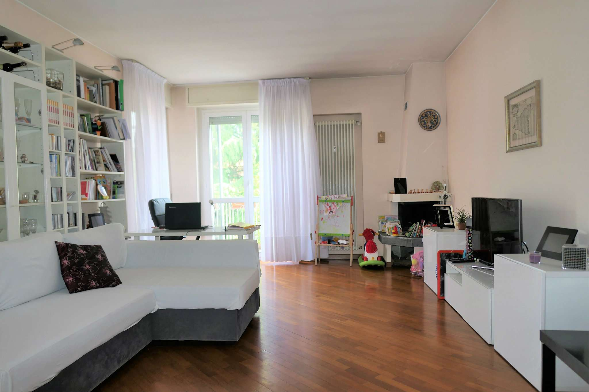 Appartamento in buone condizioni arredato in affitto Rif. 6329741