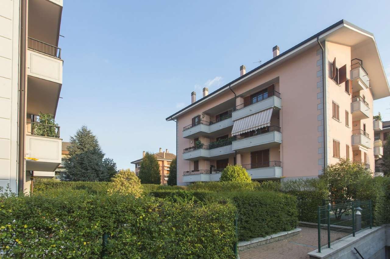 Appartamento in ottime condizioni parzialmente arredato in affitto Rif. 7267910