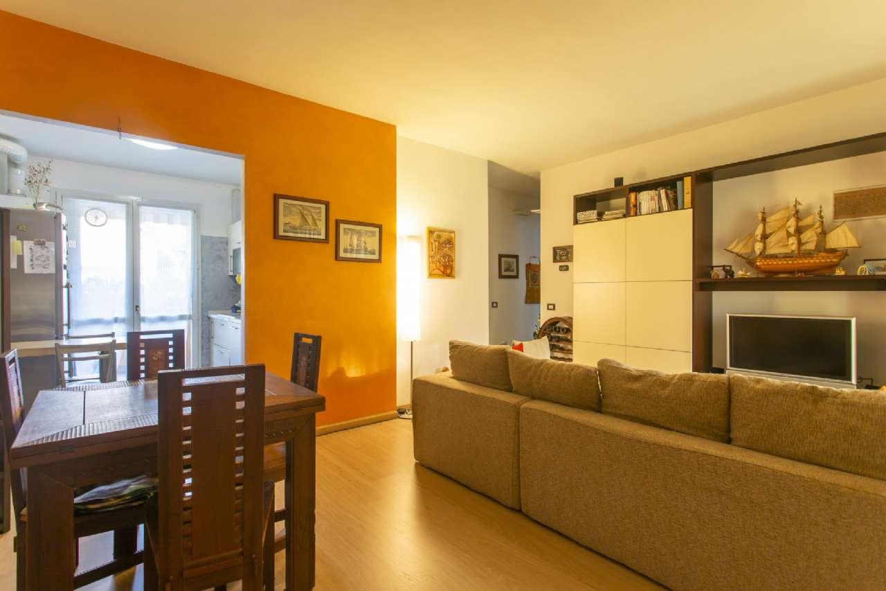 Appartamento in ottime condizioni in vendita Rif. 7768586