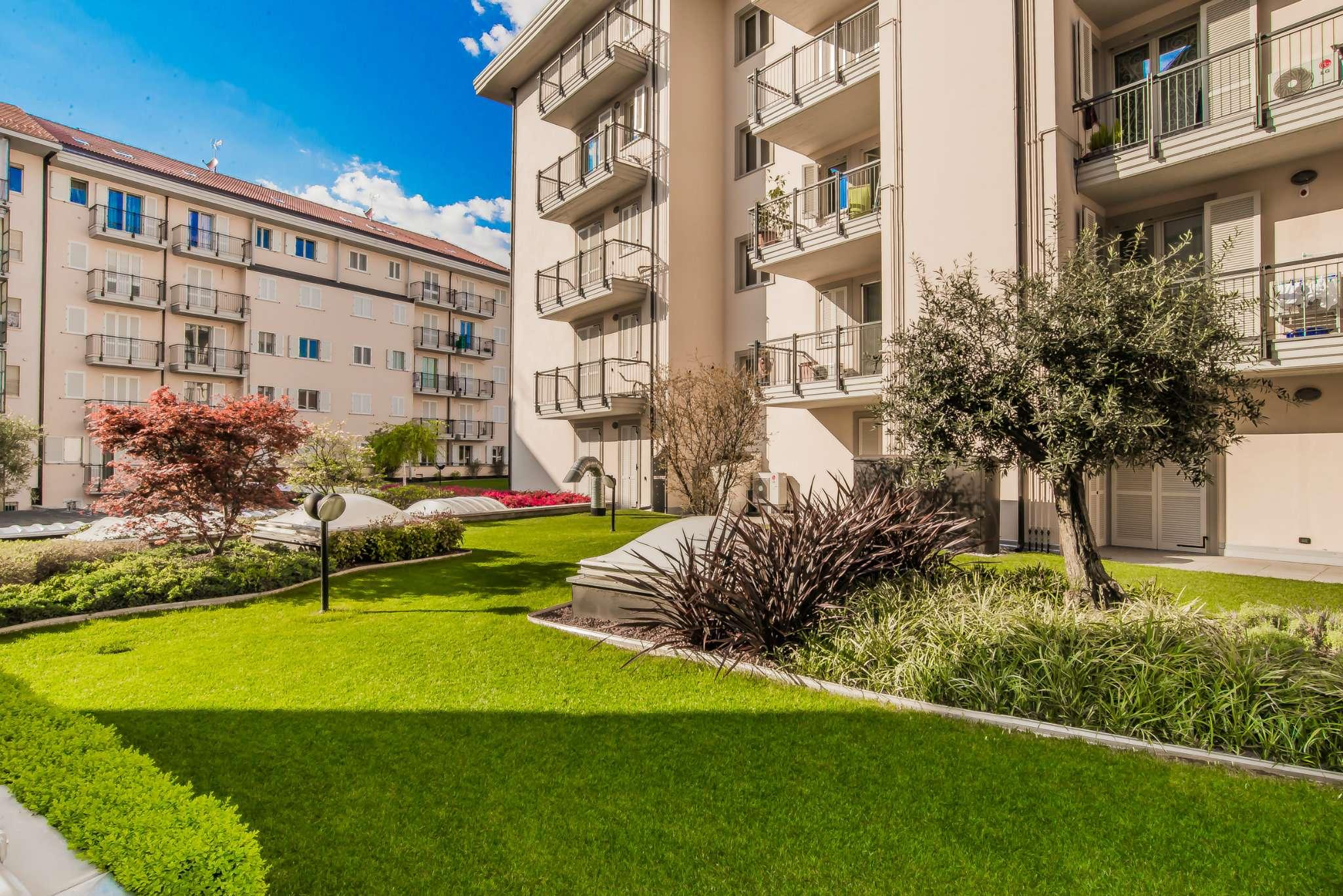 Immagine immobiliare RIVOLI REALE - AMPIO 5 LOCALI RIVOLI REALE, è il nuovo elegante complesso residenziale che sorge nel pieno centro di Rivoli.Ultimi appartamenti in classe A, di diverse tipologie per rispondere alle esigenze più varie, dal...