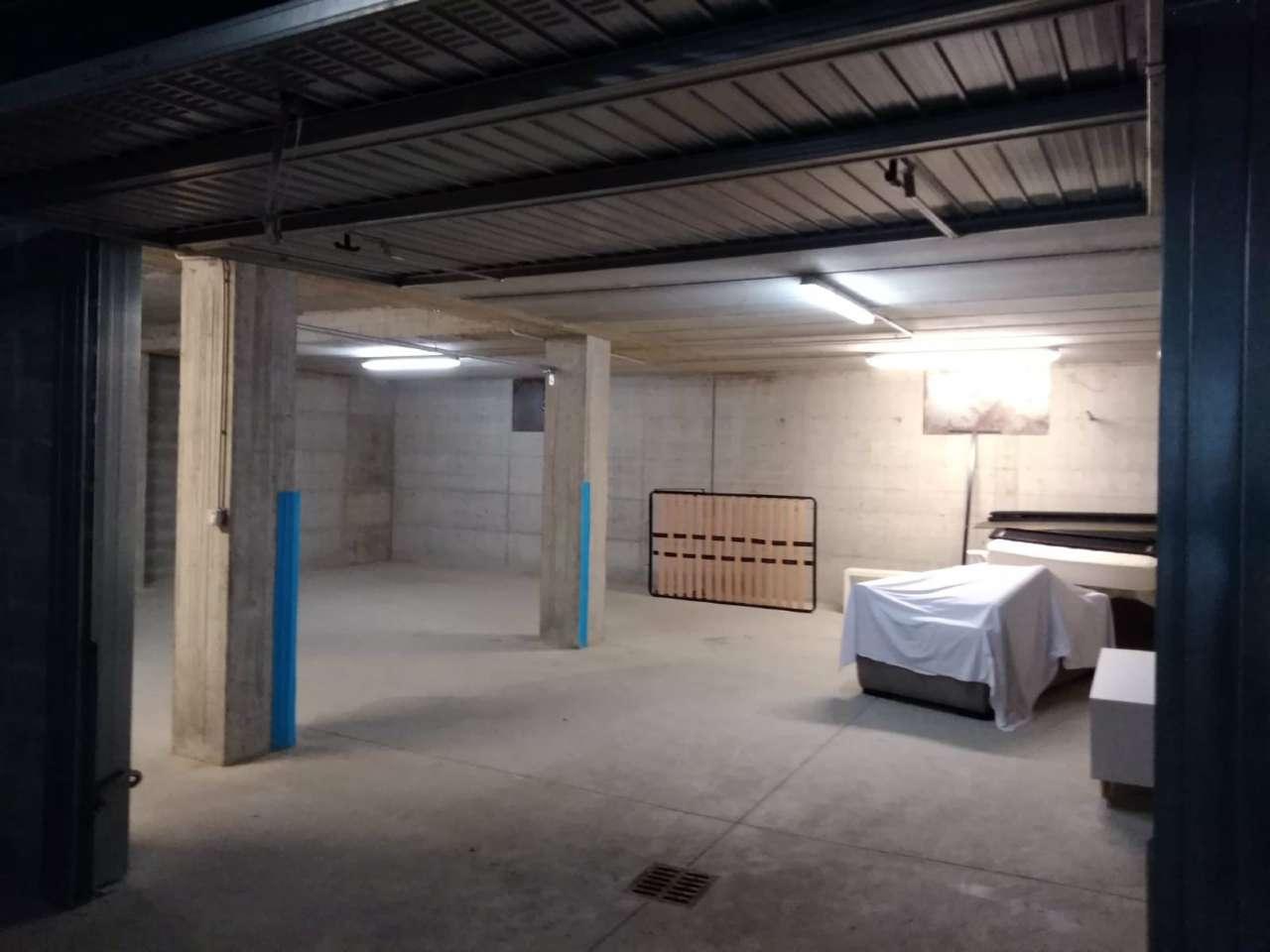 Box/Garage in affitto via Monte Grappa  12 Alpignano